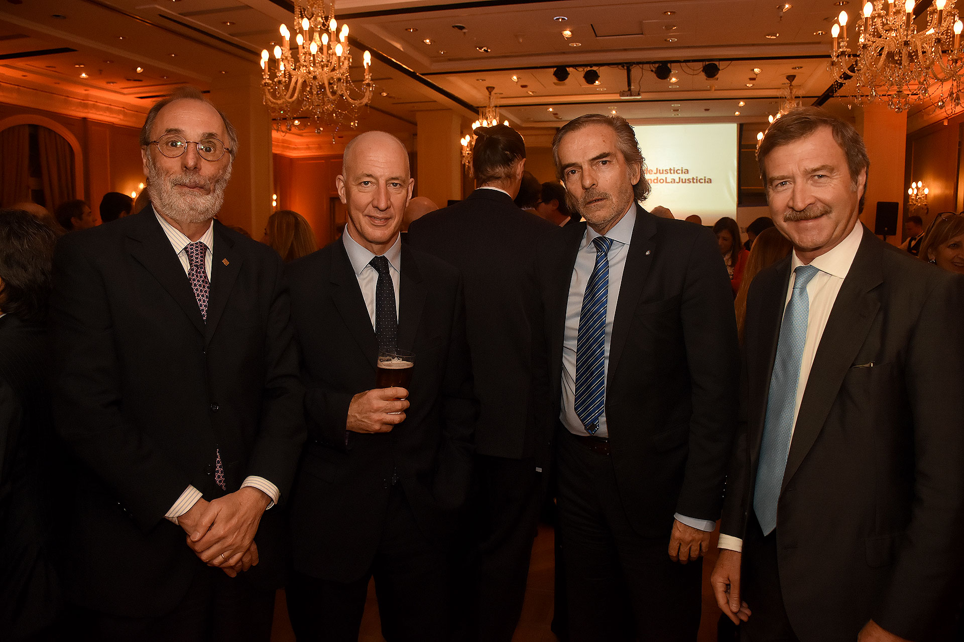 El diputado Pablo Tonelli, el embajador británico Mark Kent, el juez Gustavo Hornos y el presidente del Colegio de Abogados de la Ciudad de Buenos Aires Máximo Fonrouge