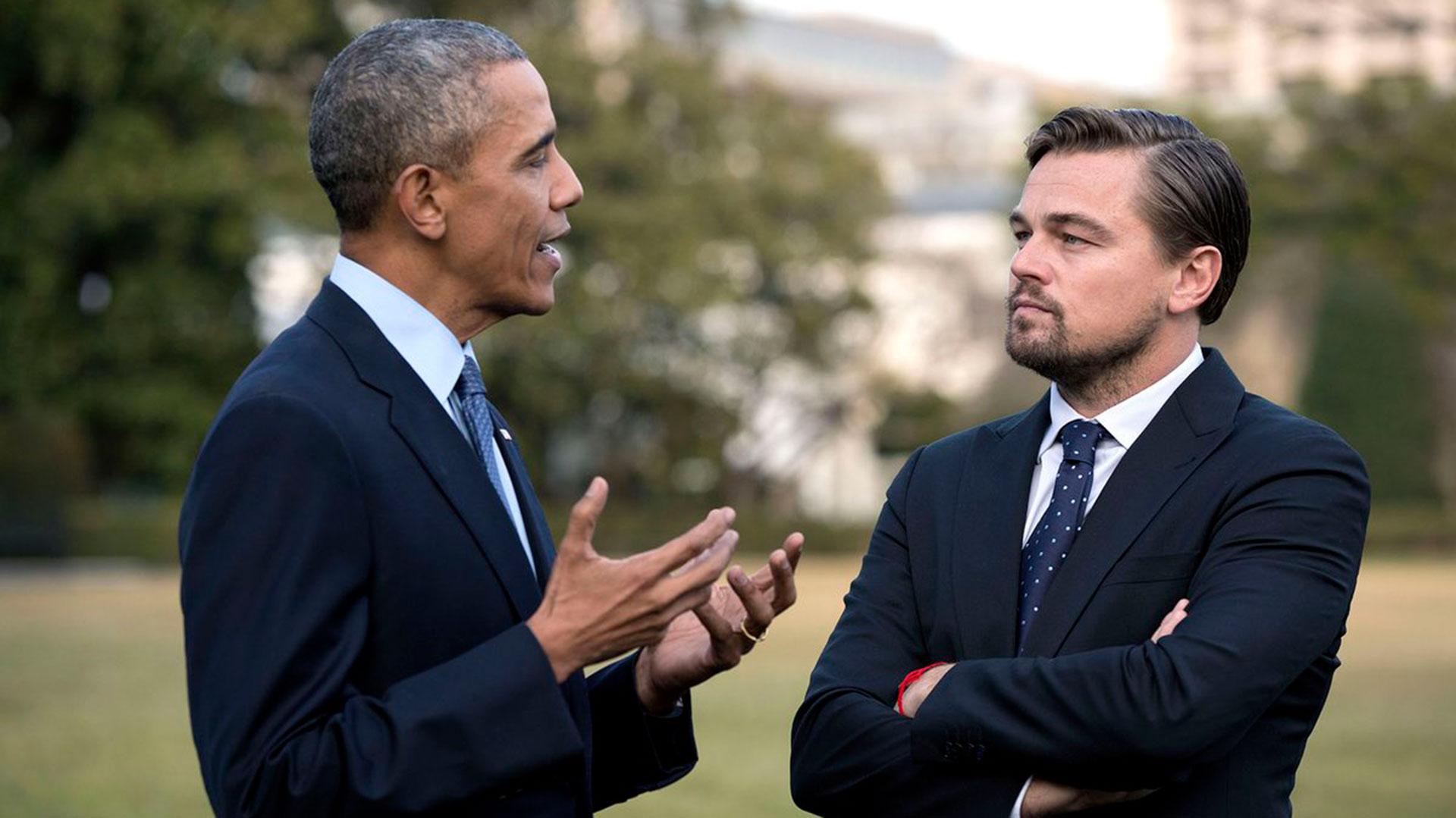 Barack Obama y Leonardo DiCaprio durante un encuentro en la Casa Blanca para hablar sobre el medio ambiente y el calentamiento global