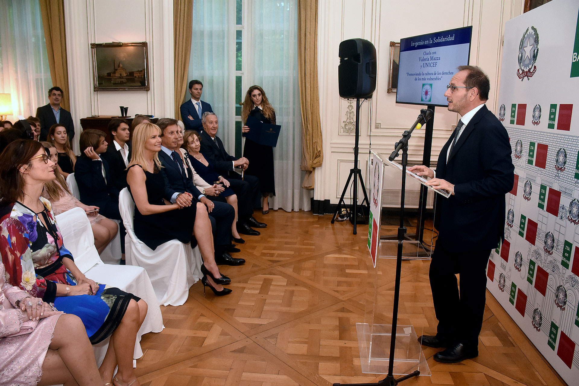 El discurso del embajador de Italia en la Argentina, Giuseppe Manzo