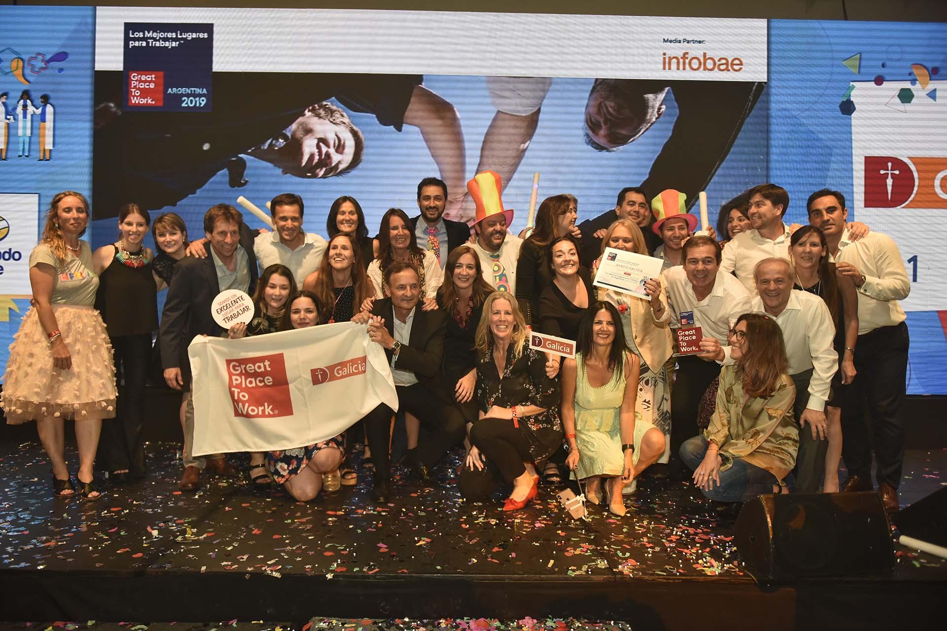 El equipo de Galicia recibió el primer puesto en el ranking de los mejores lugares para trabajar en Argentina en la categoría de mil colaboradores