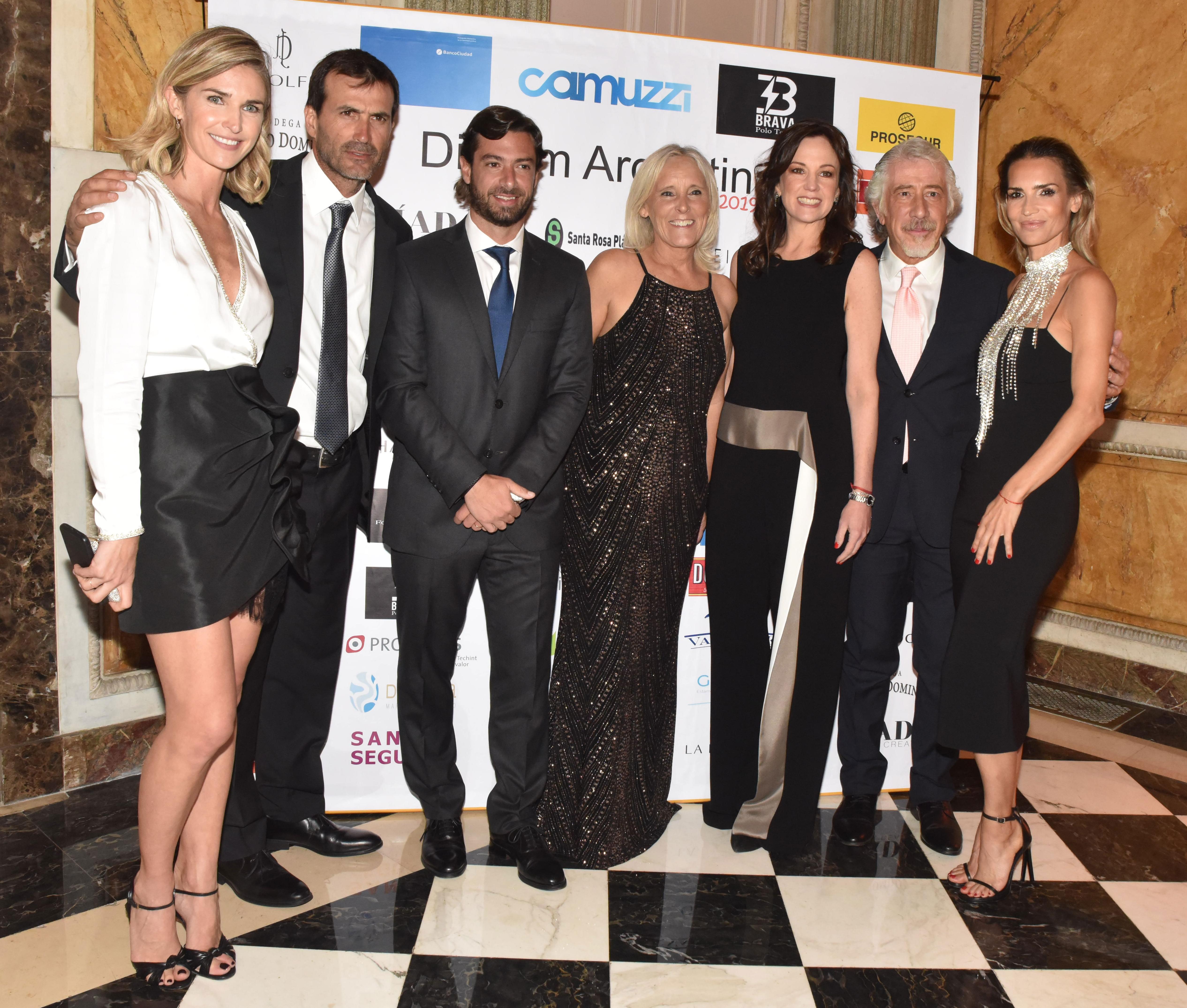 Julieta Spina, Adolfo Cambiaso, Federico Salvai, María Arabetti, Carolina Stanley, Gustavo Abichacra y María Vázquez
