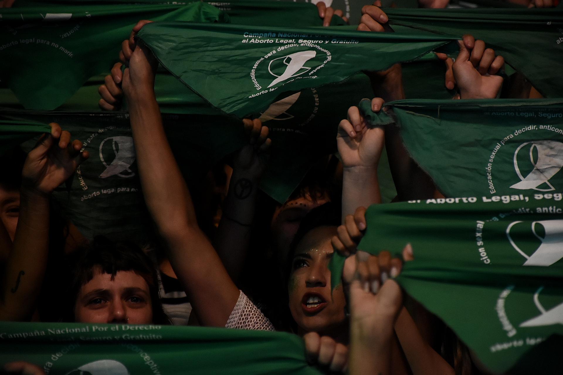 Los pañuelos verdes con los que las mujeres reclaman el aborto legal, seguro y gratuito