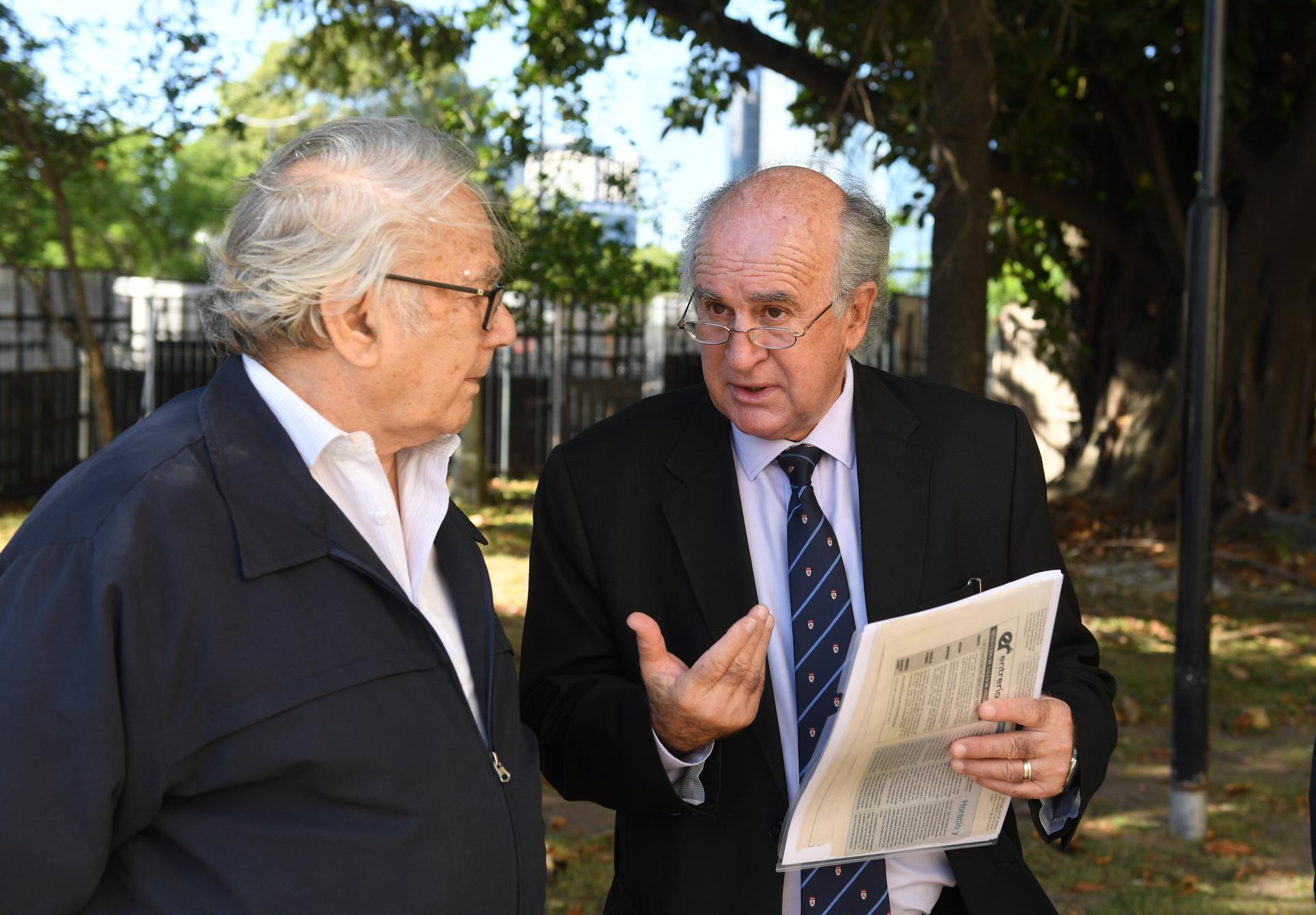 Pérez Esquivel y Parrilli