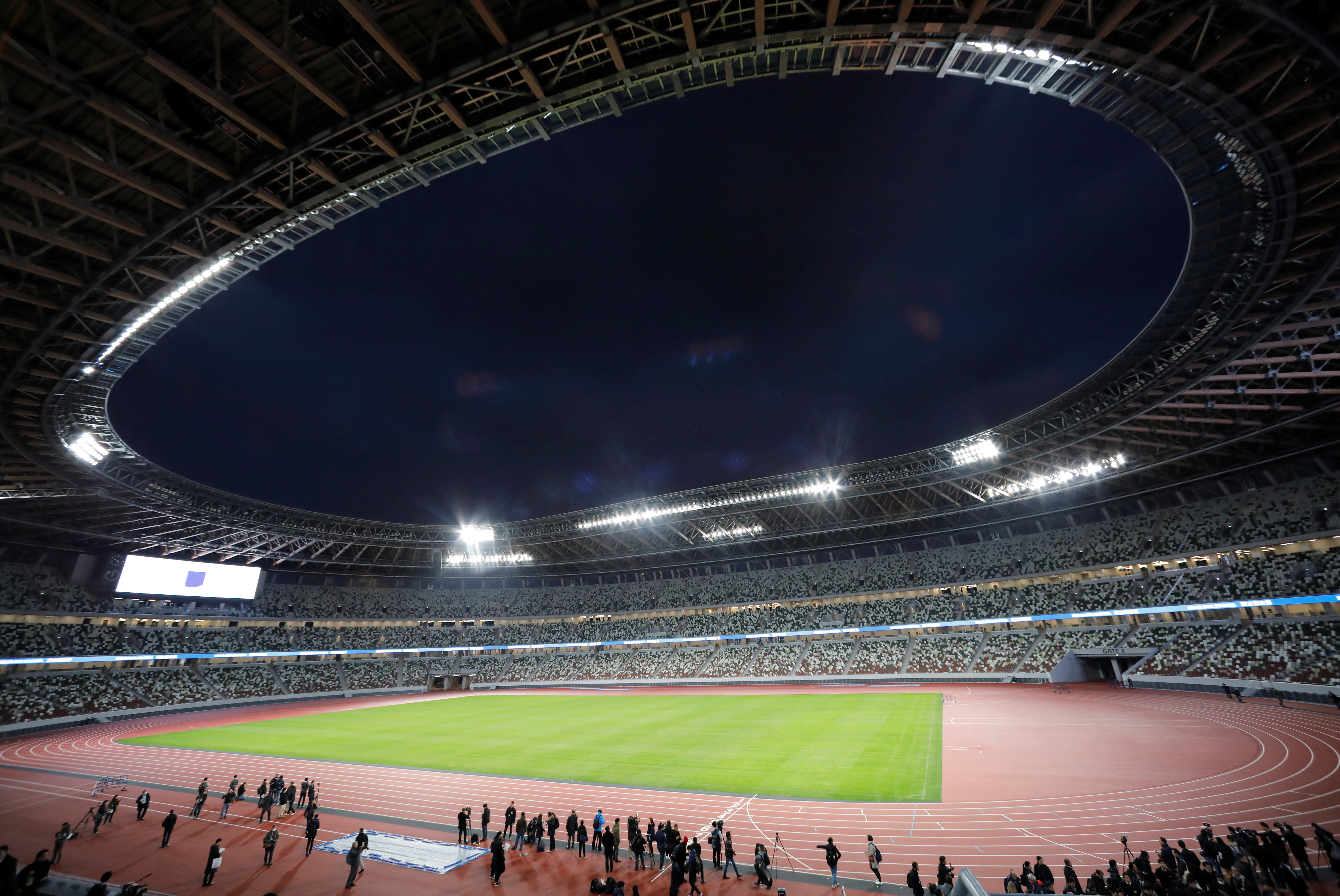 Tokio 2020 tendrá la incorporación de cinco nuevos deportes: béisbol (masculino) y softbol (femenino), karate, skate, surf y escalada deportiva. Estos últimos tres harán su debut en la historia olímpica, lo mismo que el básquetbol 3×3, que se suma al calendario