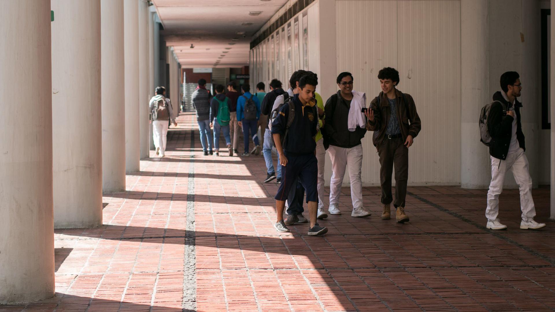 Aspectos de la facultad de Medicina de la UNAM durante el paro nacional