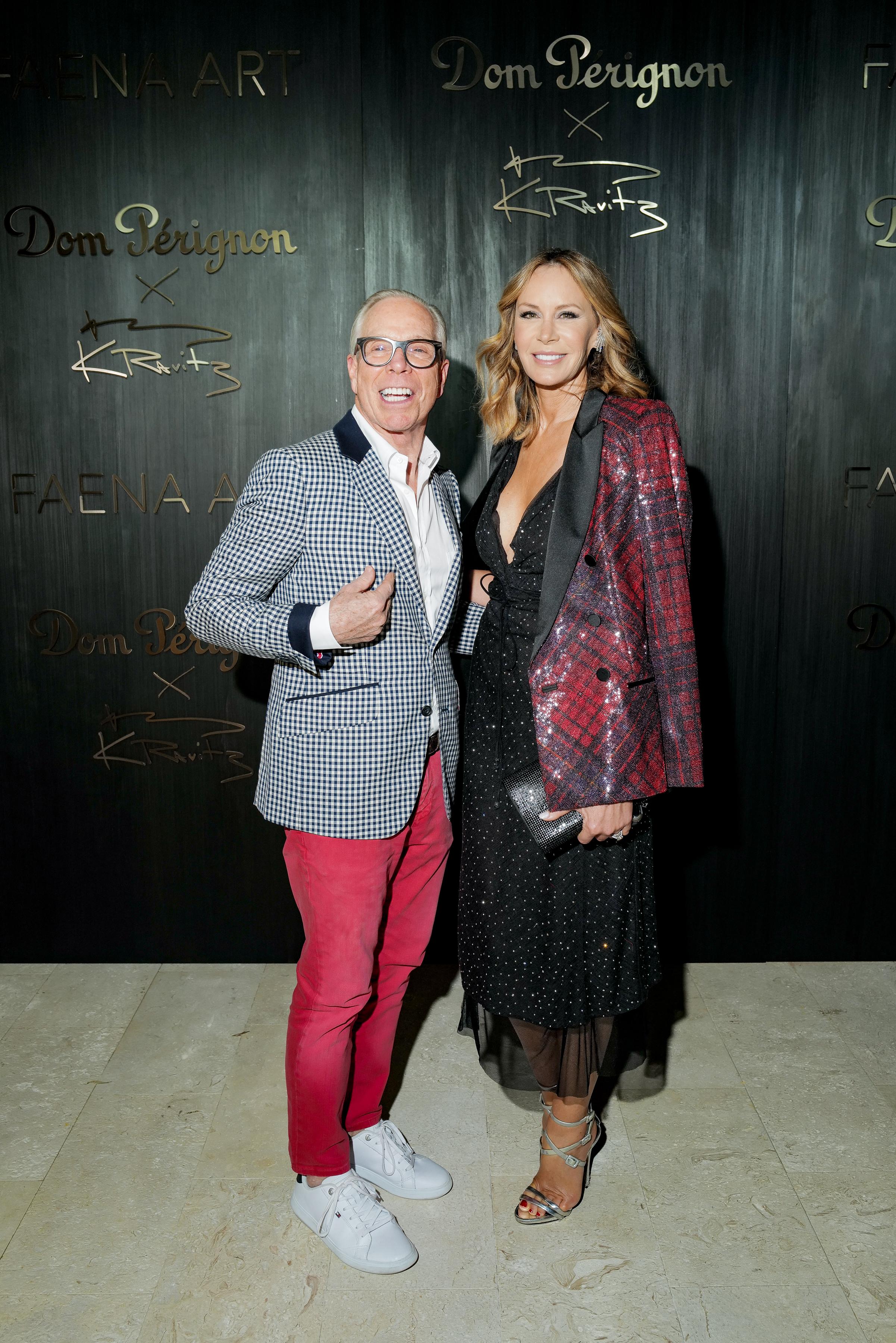 El diseñador Thomas Hilfiger y su esposa, la ex modelo Dee Ocleppo