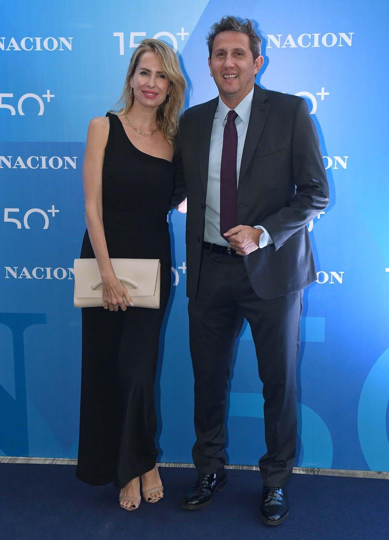 El periodista Juan Pablo Varsky y su mujer, Lala Bruzoni
