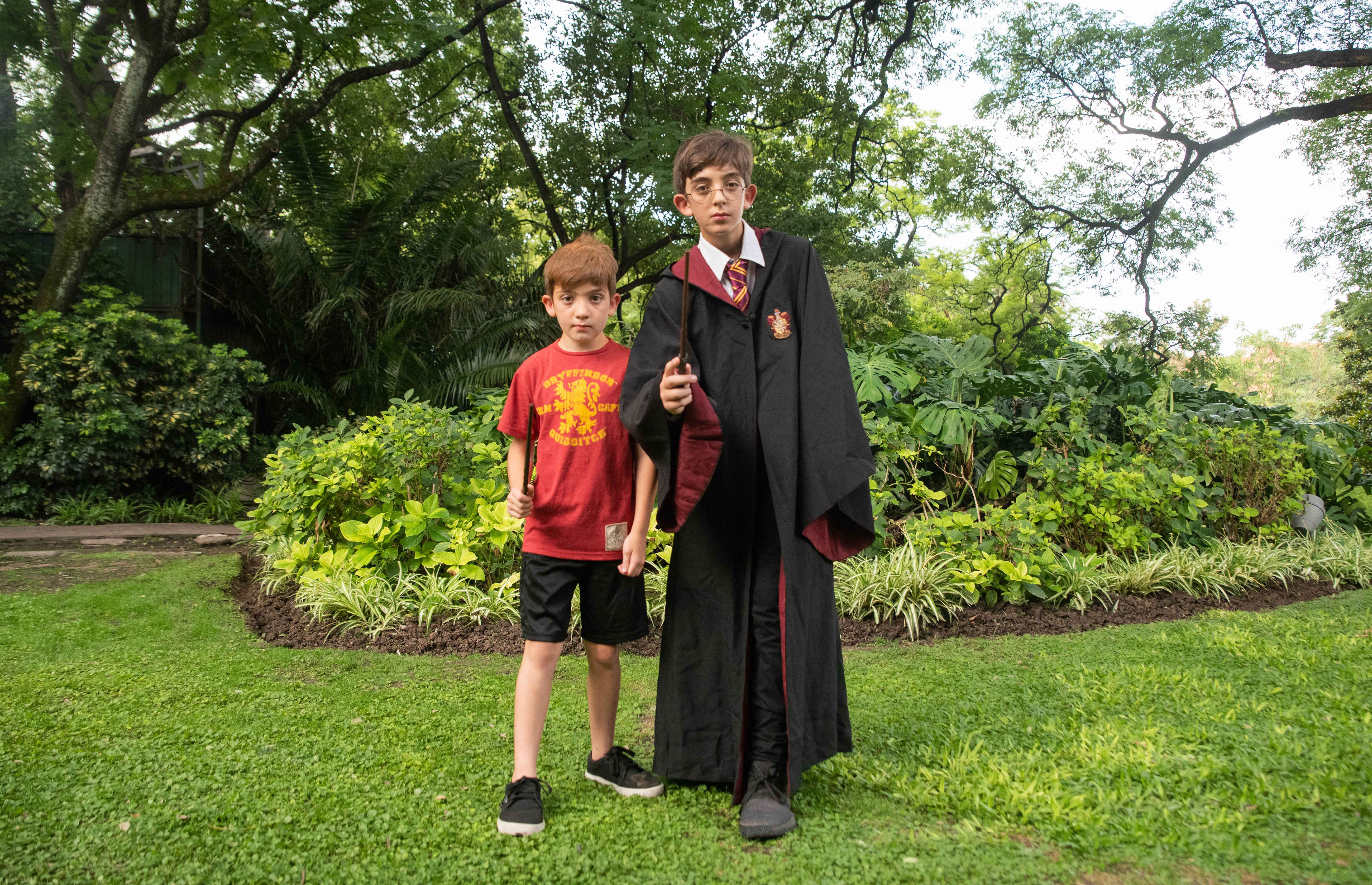 Tanto niños, jóvenes como adultos disfrutaron de la experiencia mágica que invitaba a que los fanáticos se disfracen de sus personajes favoritos