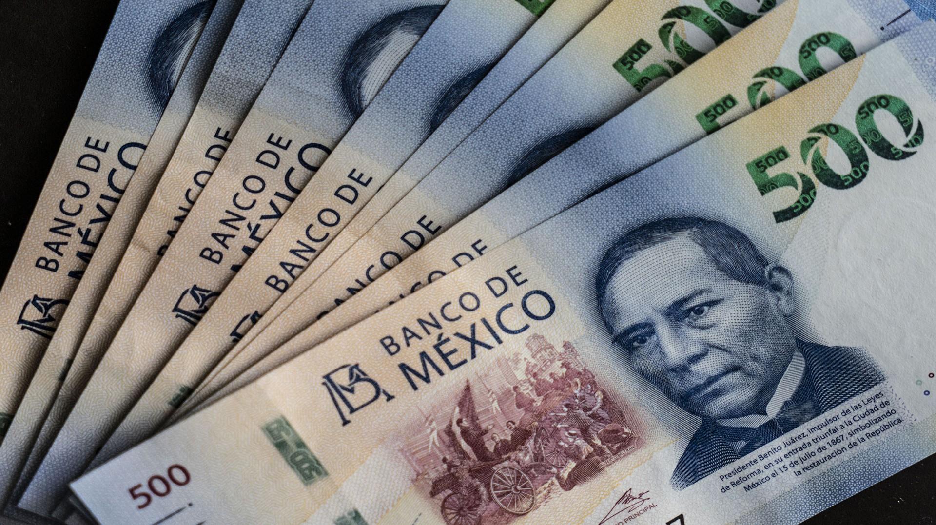 Extranjeros se deshacen de deuda en pesos mexicanos por tasas ...