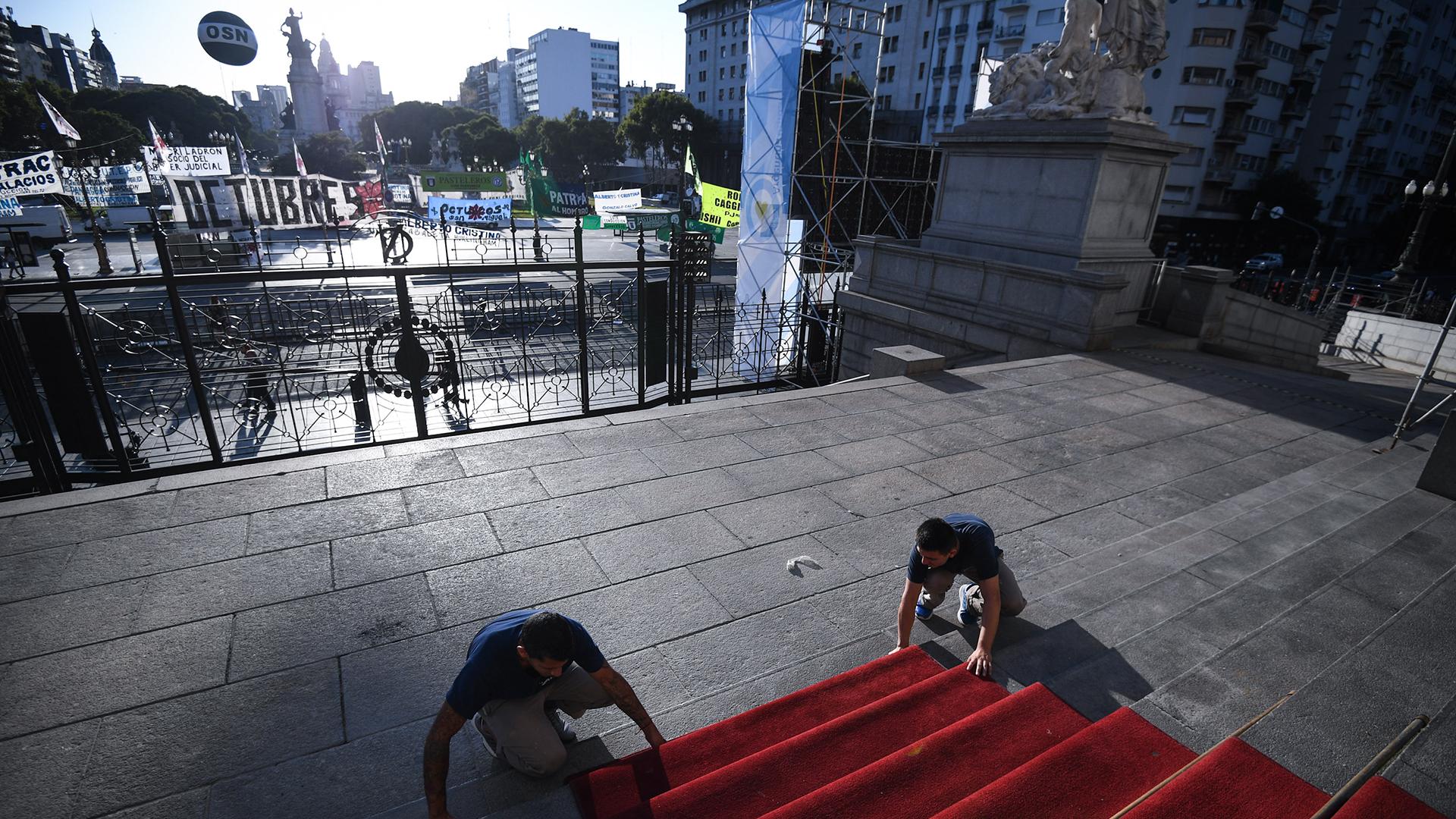 Es la primera vez en la vida política de Alberto Fernández que abre las sesiones ordinarias del Congreso de la Nación. El presidente, en compañía de la vicepresidenta Cristina Kirchner, dieron comienzo al 138 período legislativo