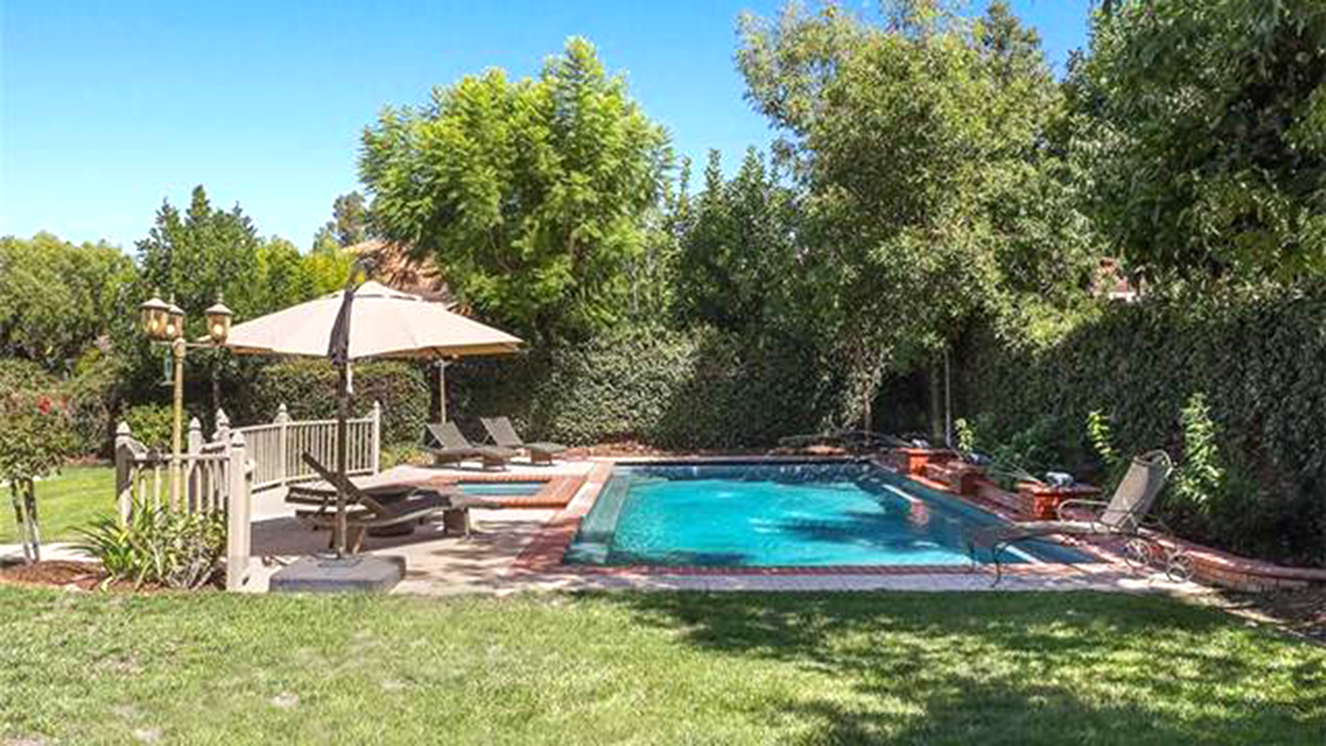 El hijo menor de Michael Jackson celebró sus 18 años comprando una mansión cuyo valor es de más de USD 2 millones (Pacific playa realty)