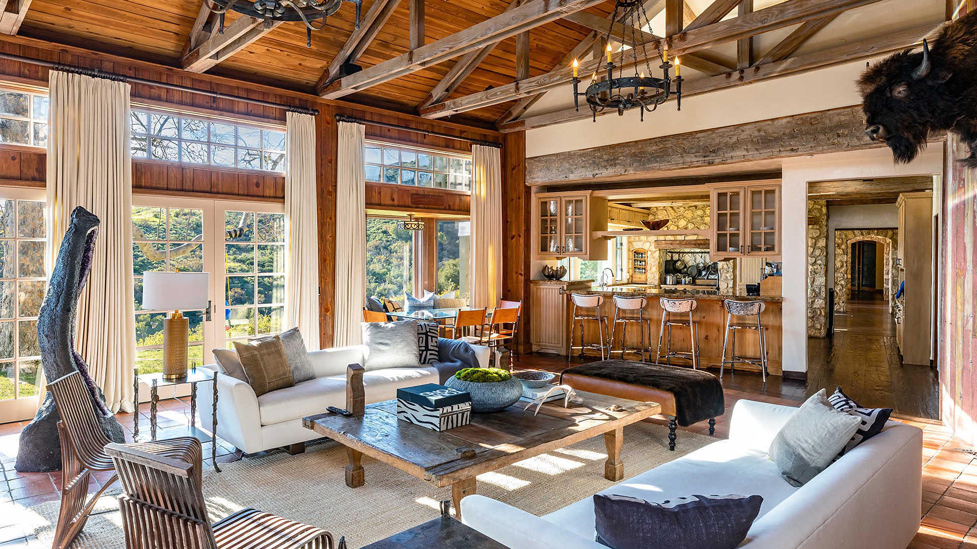 Harry y Meghan Markle interesado en comprar esta mansión al actor Mel Gibson por USD14,5 millones en Malibú, California.( The Grosby Group)