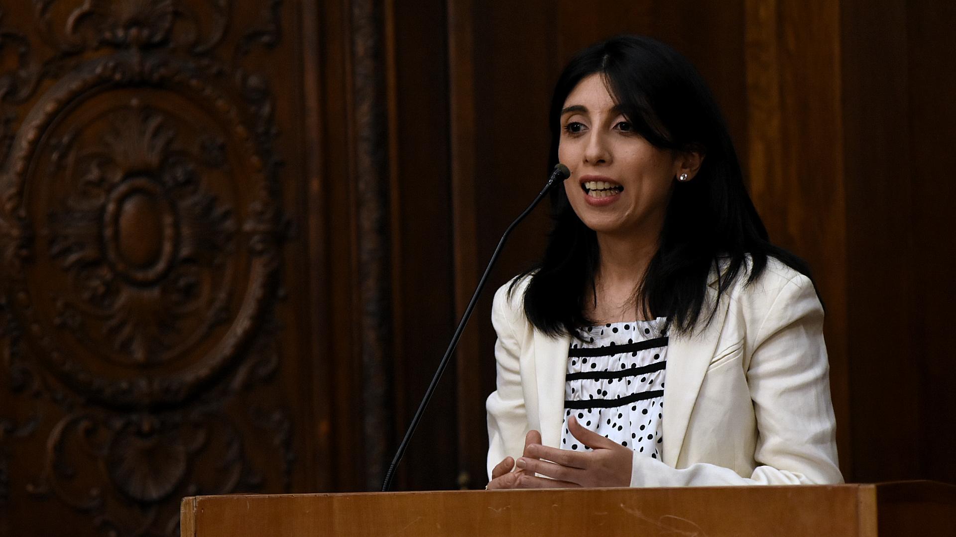 La licenciada en periodismo Cintia Suárez investiga la vida de Mama Antula desde hace casi una década