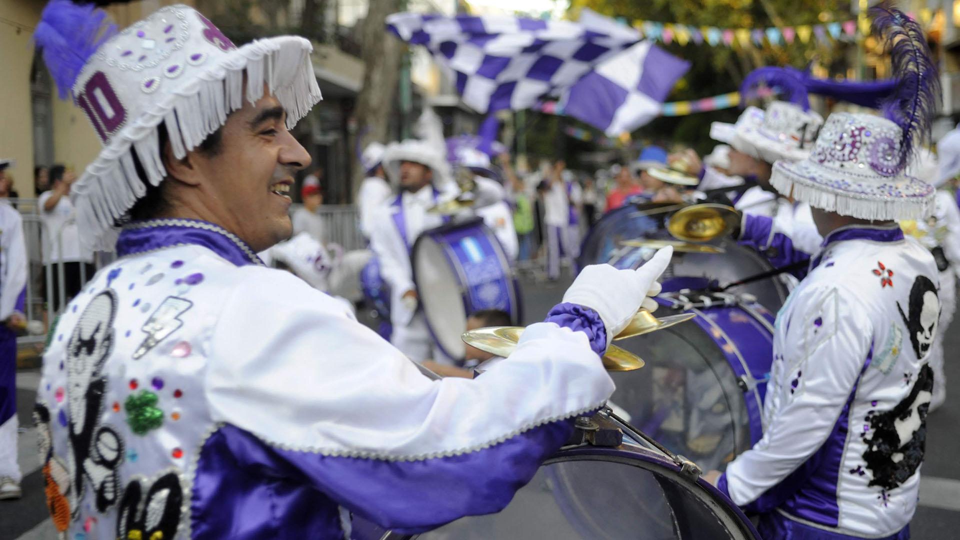 Después de un mes a puro corso, el carnaval porteño llega a su fin