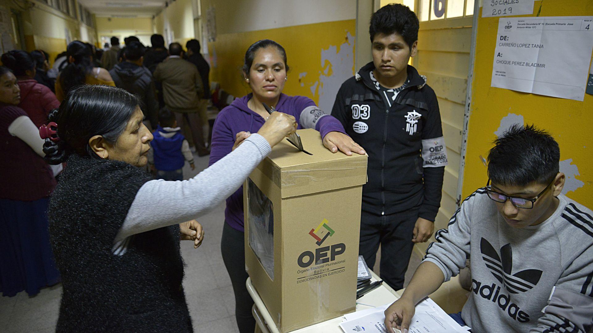 Infobae recorrió distintos establecimientos educativos de la localidad de Villa Celina, donde se concentra la mayor cantidad de ciudadanos bolivianos en el país