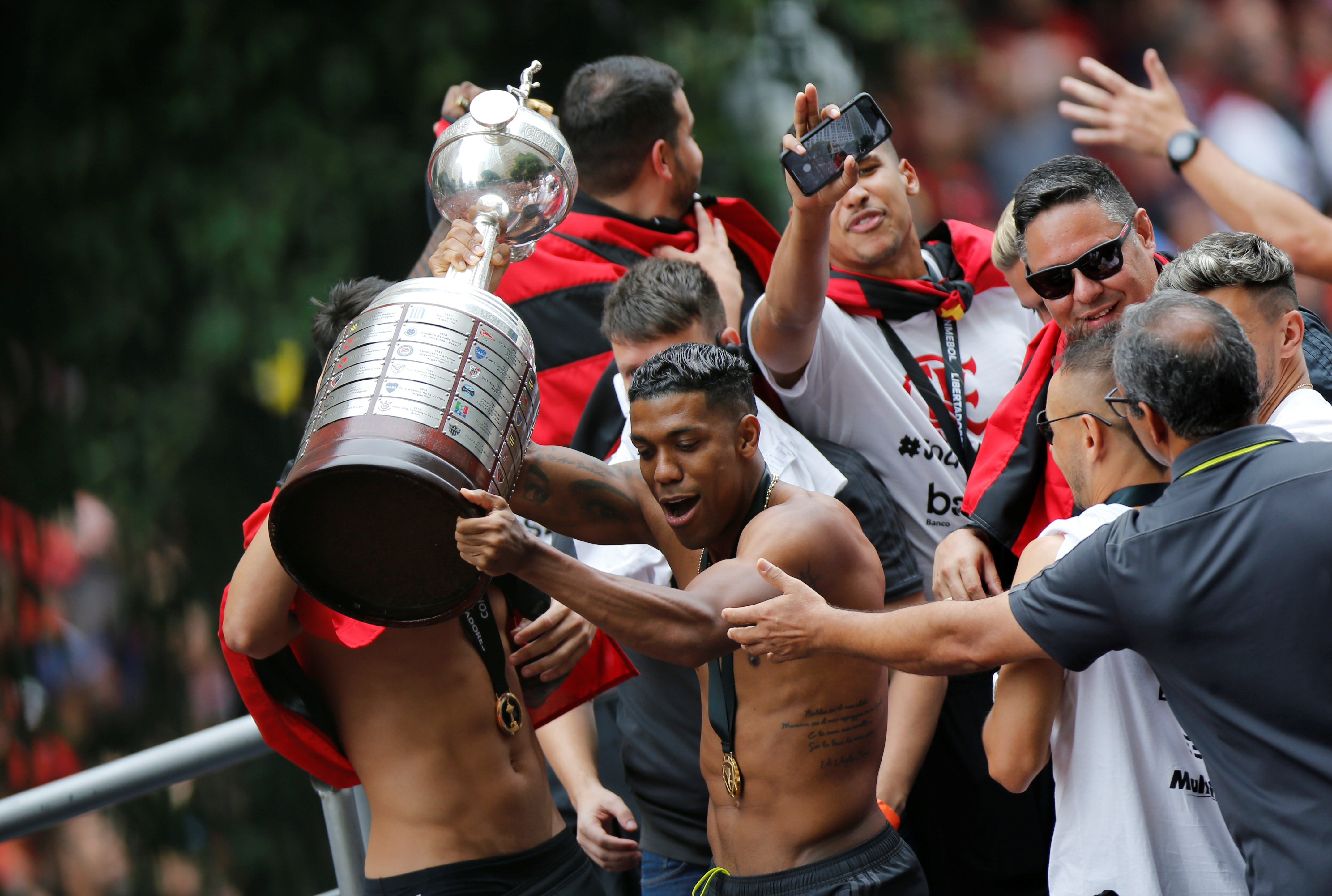 El equipo brasileño se impuso 2 a 1 ante River el sábado