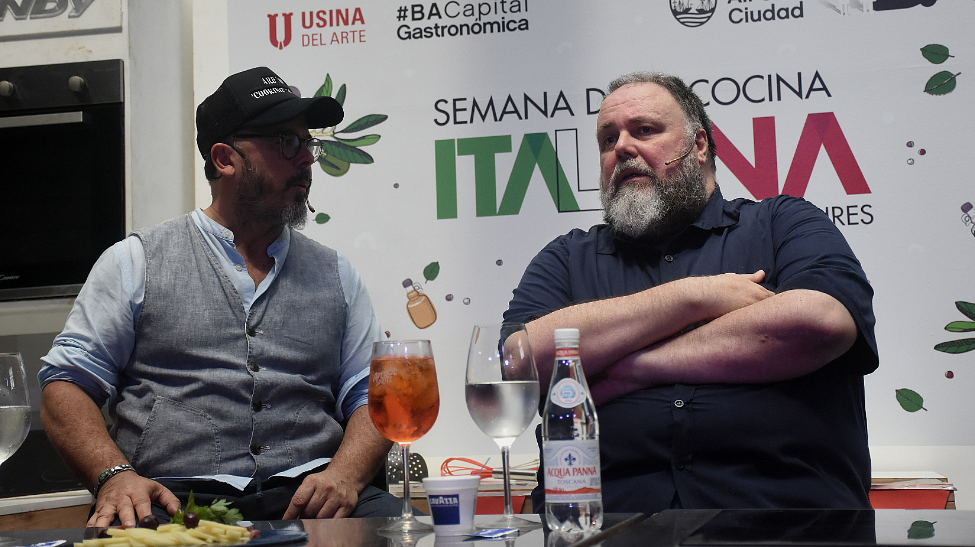 El chef Donato De Santis junto al crítico gastronómico Prieto Sorba participaron de los festejos