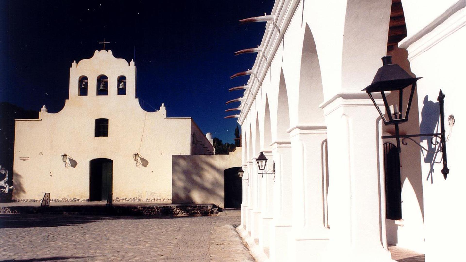 Cachi deslumbra por su pintoresca arquitectura colonial