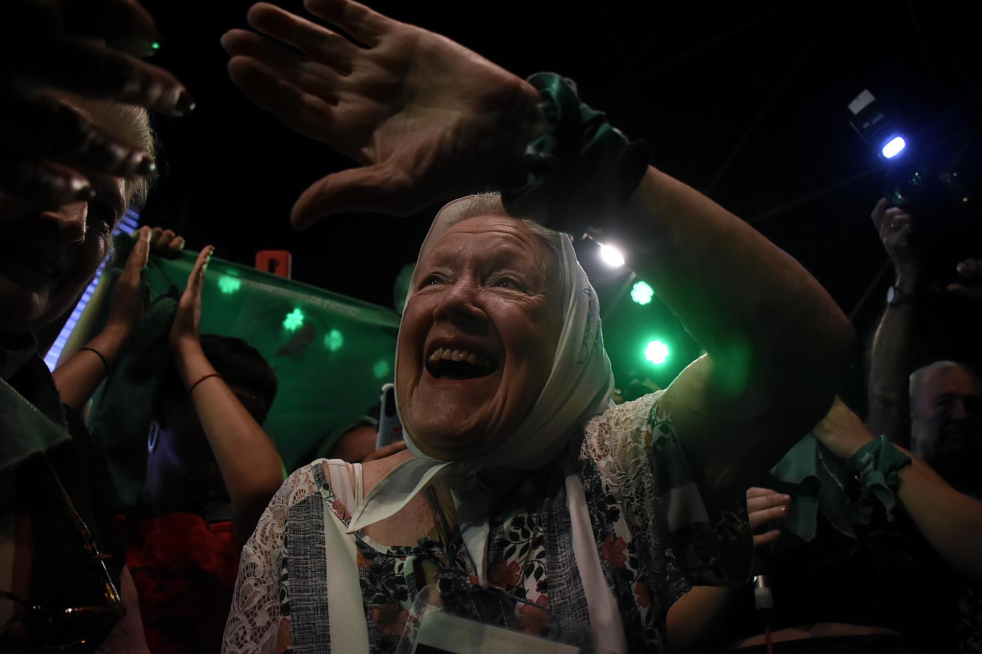 Nora Cortiñas fue una de las figuras reconocidas que acompañó la manifestación