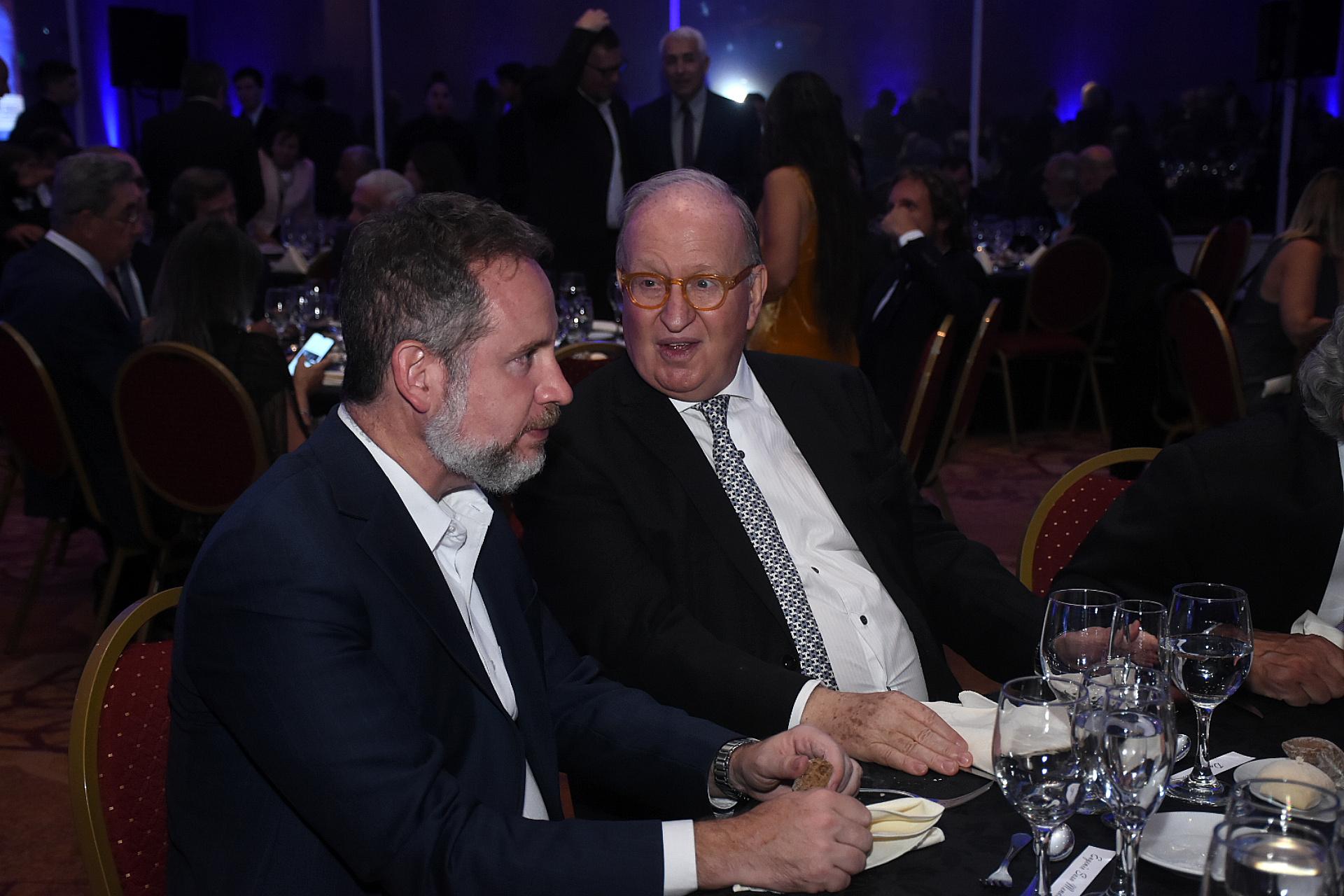 Eugenio Sosa Mendoza, presidente de la Asociación de Teleradiodifusoras Argentinas, y Daniel Sabsay, abogado constitucionalista