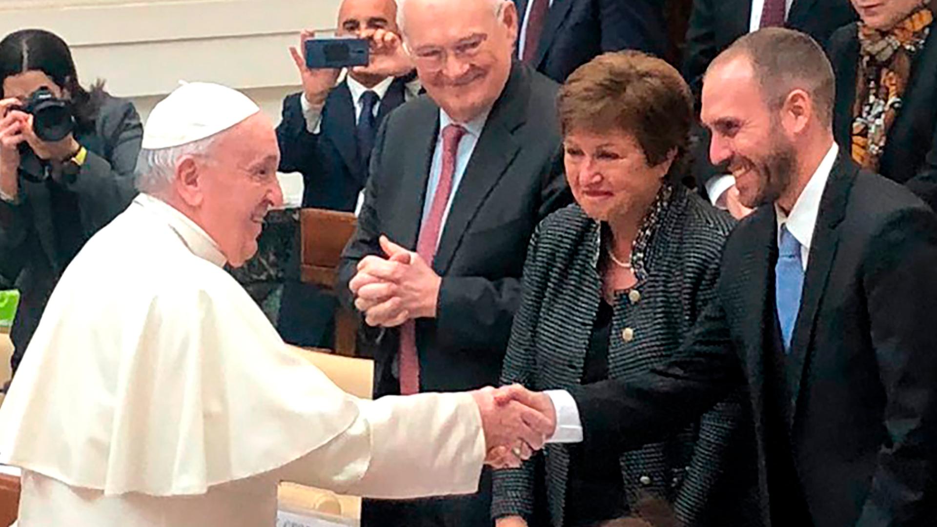 Frente a la directora del FMI, el papa Francisco llamó a dar alivio a los países endeudados y no exigir pagos con sacrificios insoportables - Infobae
