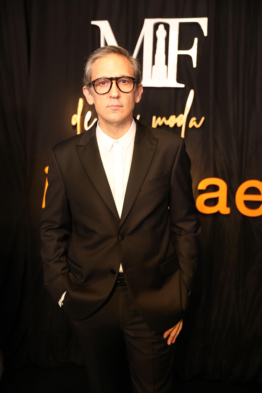 El diseñador Adrian Brown