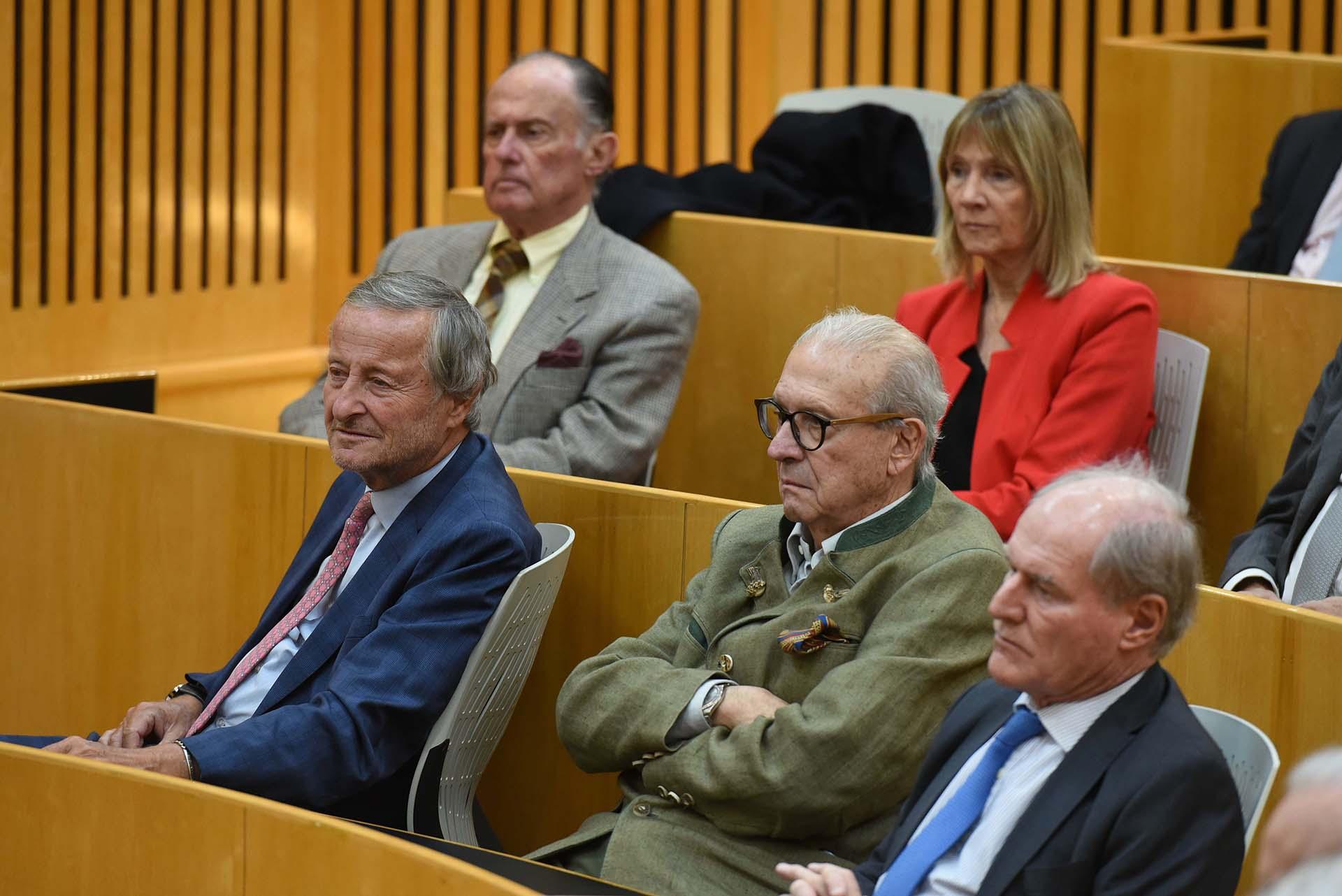Arriba: Carlos San Millan, vicepresidente de la UADE, y Marita Carballo, Abajo: Cristiano Rattazzi, Enrique Pescarmona y Federico Braun