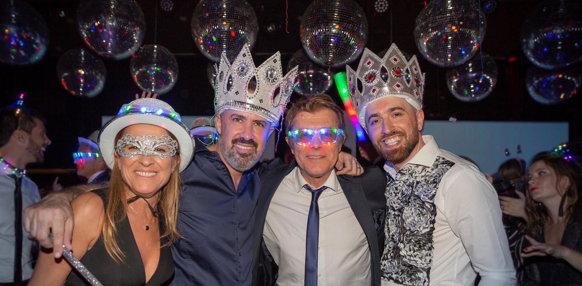 Constanza Feraud, Charly Ronco, Gabriel Corrado y Nicolás Pottery en pleno dancing