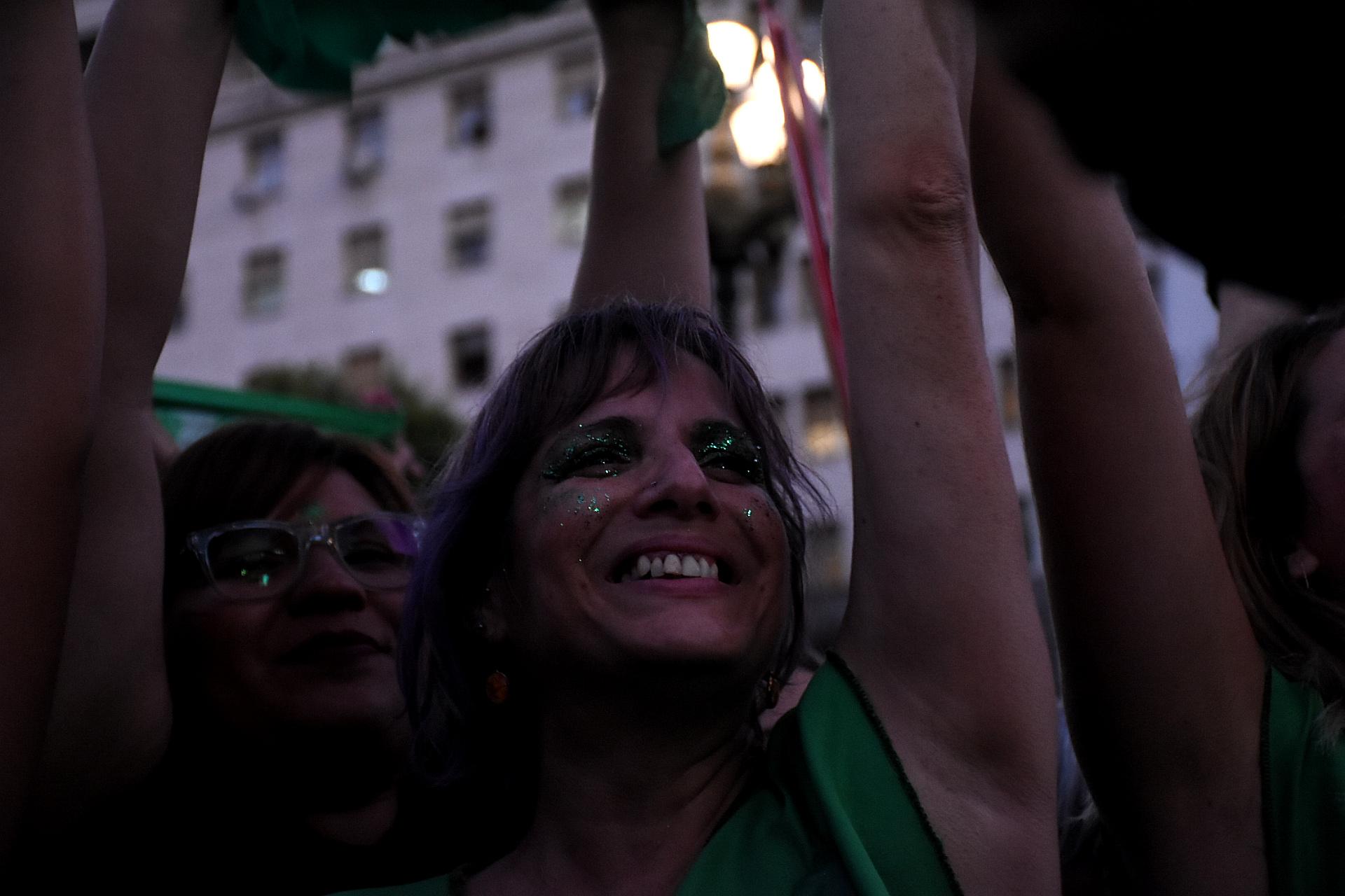 La movilización se promovió en las redes sociales con los hashtag #19F y #QueSeaLey, utilizado por miles de mujeres y diversas organizaciones feministas y juveniles tanto de partidos políticos como sindicatos