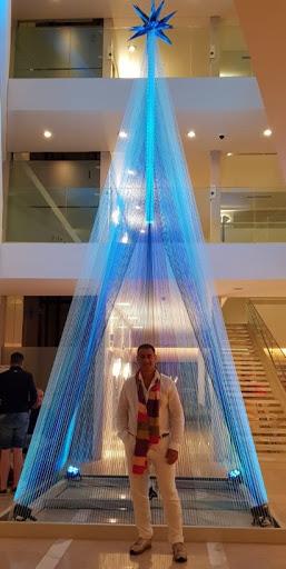 Luis González Arce en la gran fiesta del The Grand Hotel Punta del Este
