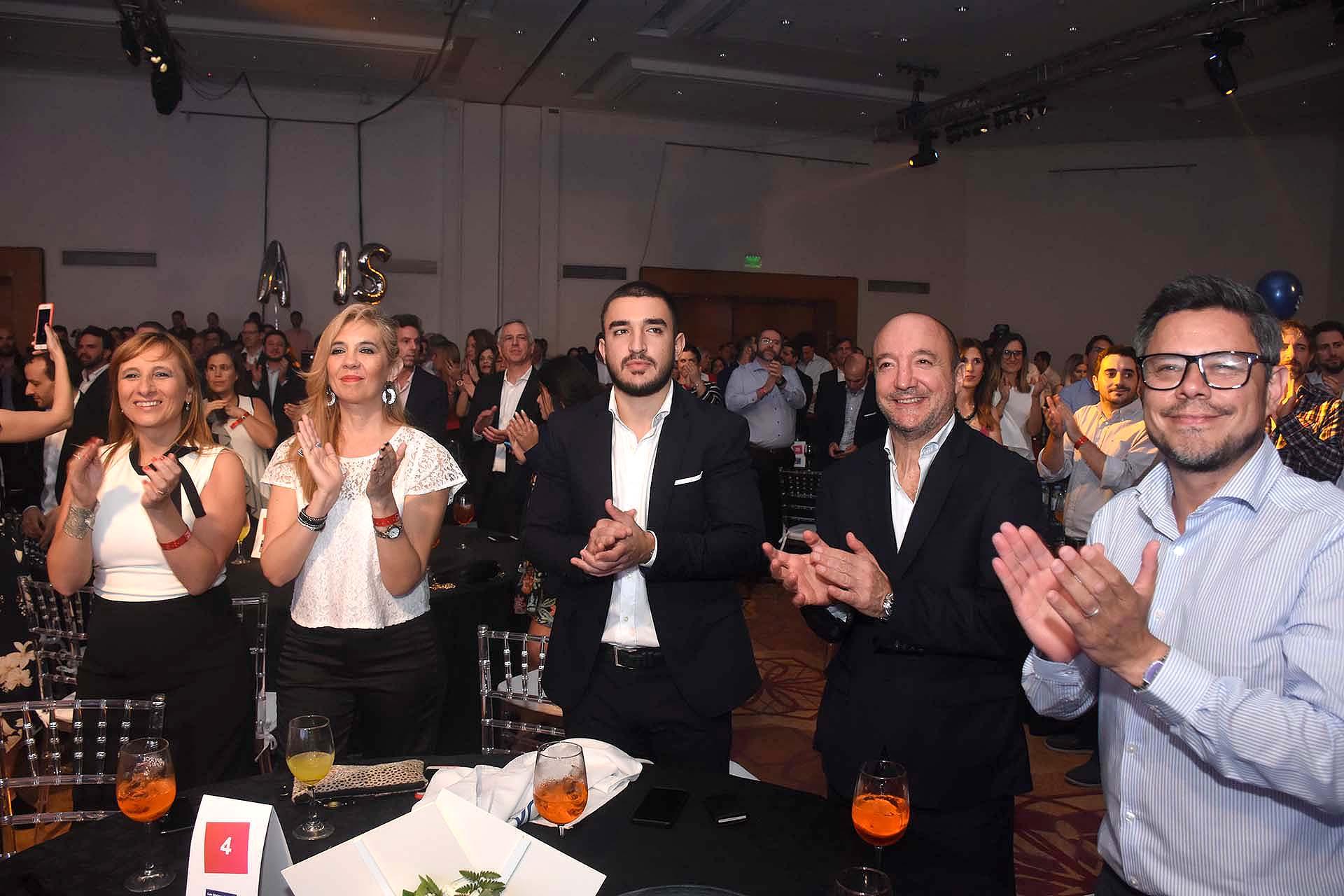EVOLTIS - Marcelo Bechara, presidente y fundador; Maximiliano Bechara, coordinador de marketing; Laura Regalado, gerenta de relaciones humanas; Paola Lepore, jefa de RRHH