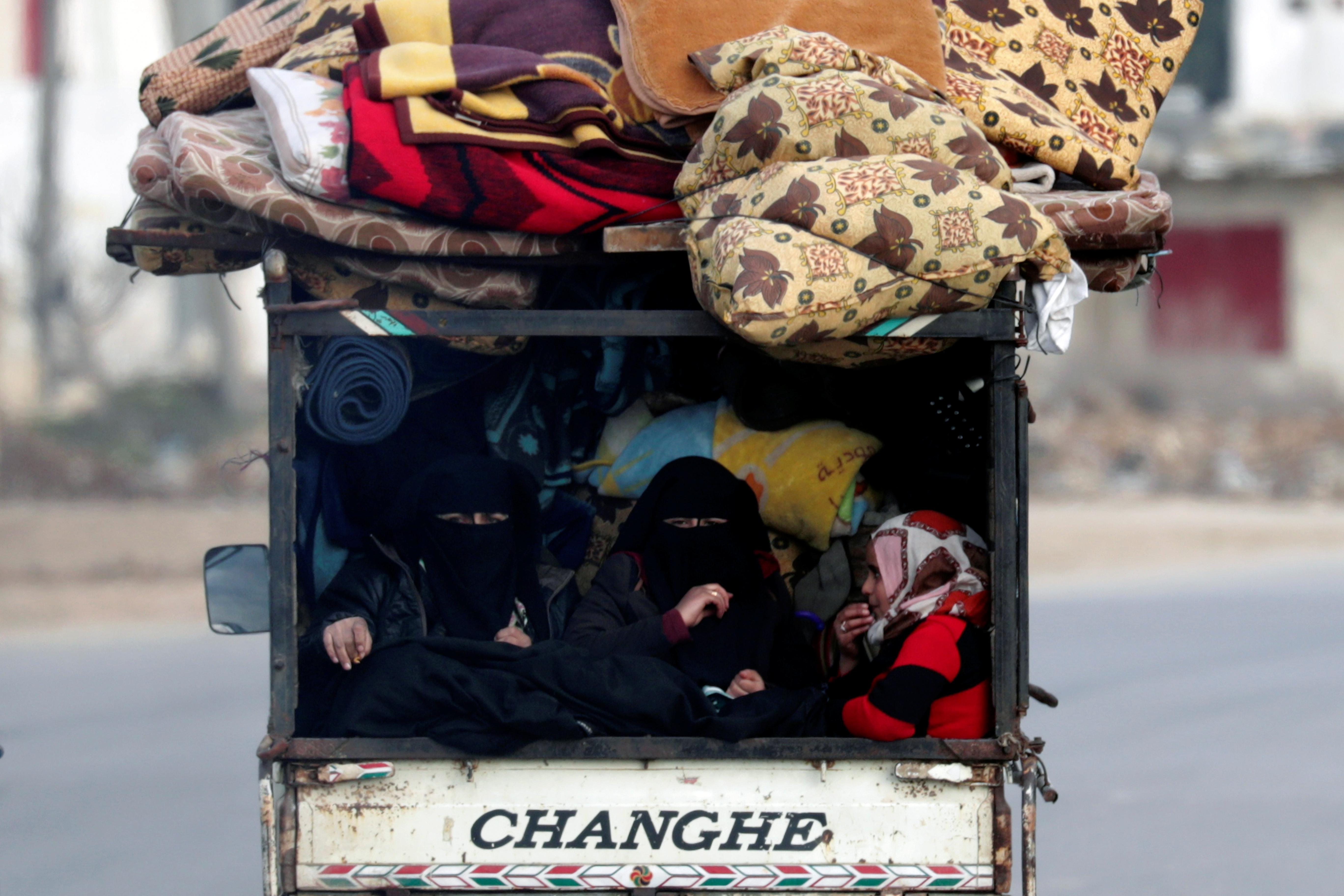 Un total de 900.000 personas han abandonado sus hogares en Idlib desde diciembre
