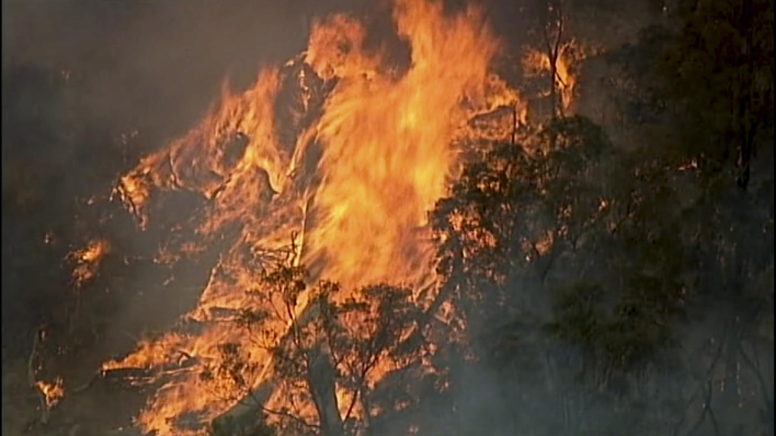 Incendio en Bundoora, en el estado de Victoria, Australia