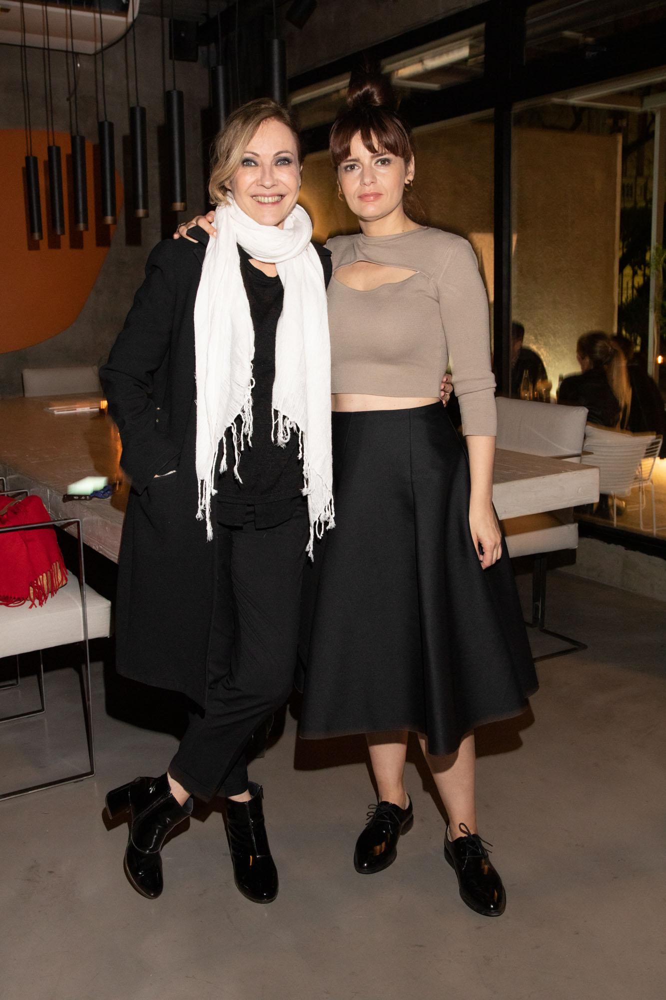Inés Estevez y Romina Ricci