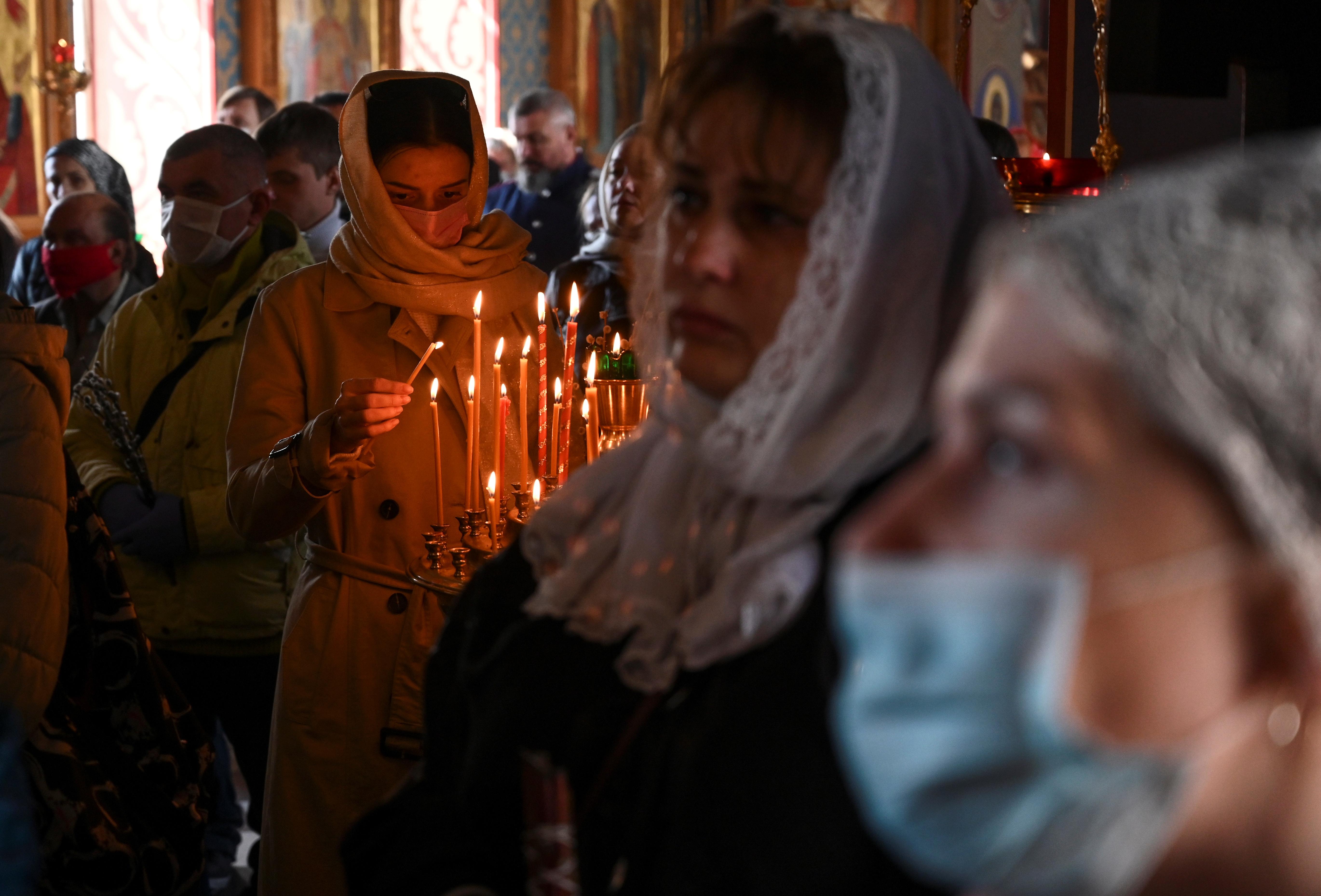 Rusia registra 15 mil casos confirmados de COVID-19 y 130 muertos