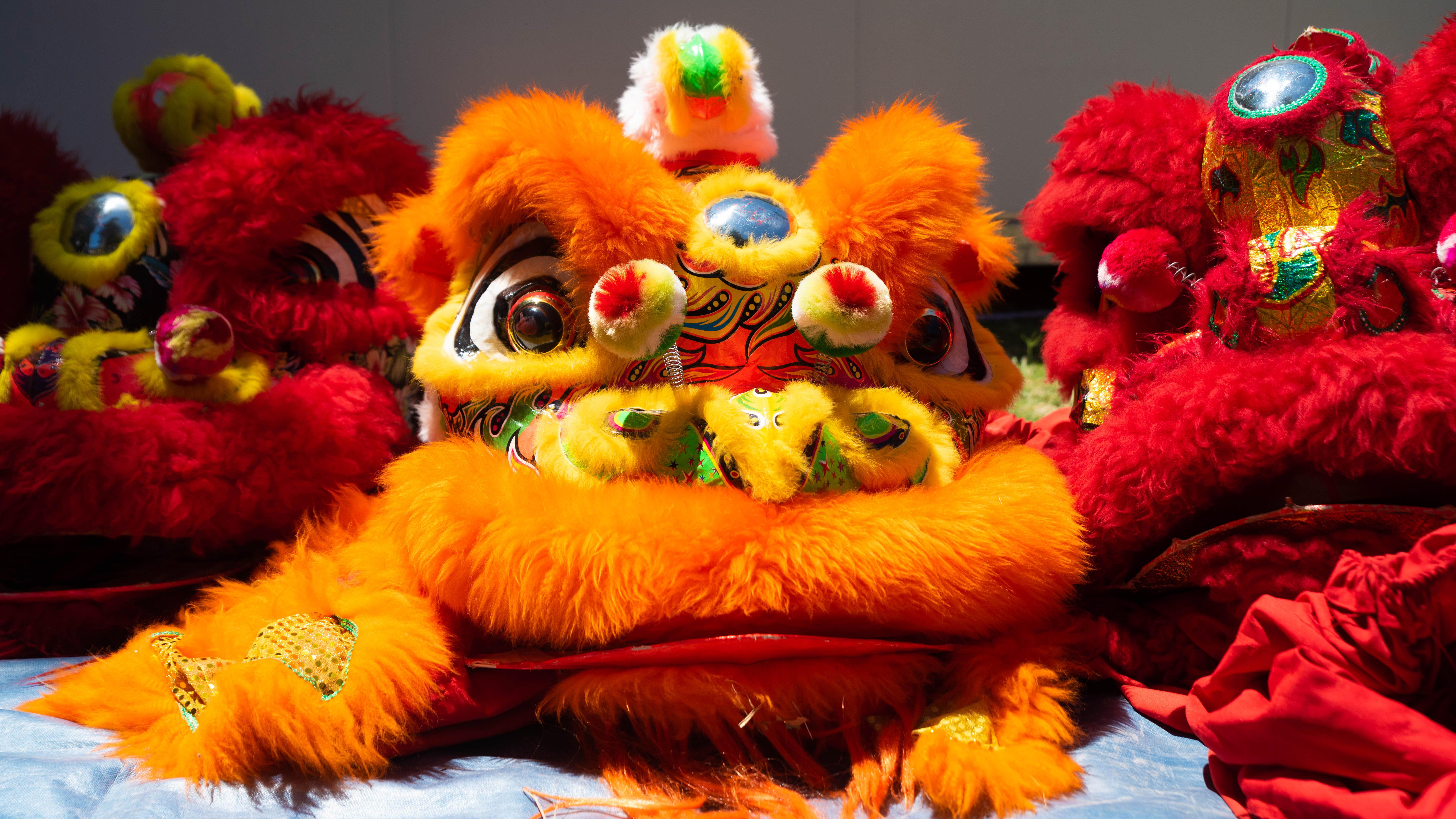 La imagen del dragón también estuvo presente entre los juguetes que se vendían en el lugar.