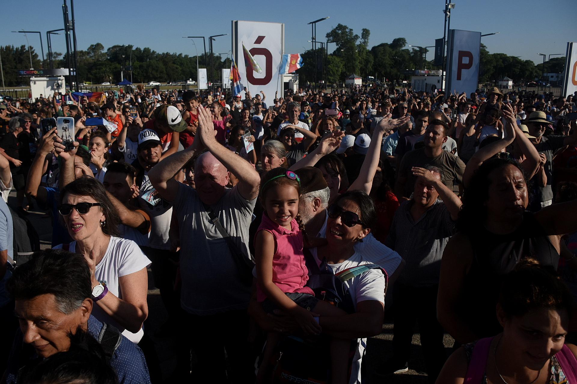 Cientos de personas se acercaron al predio para participar de la fiesta de reapertura.