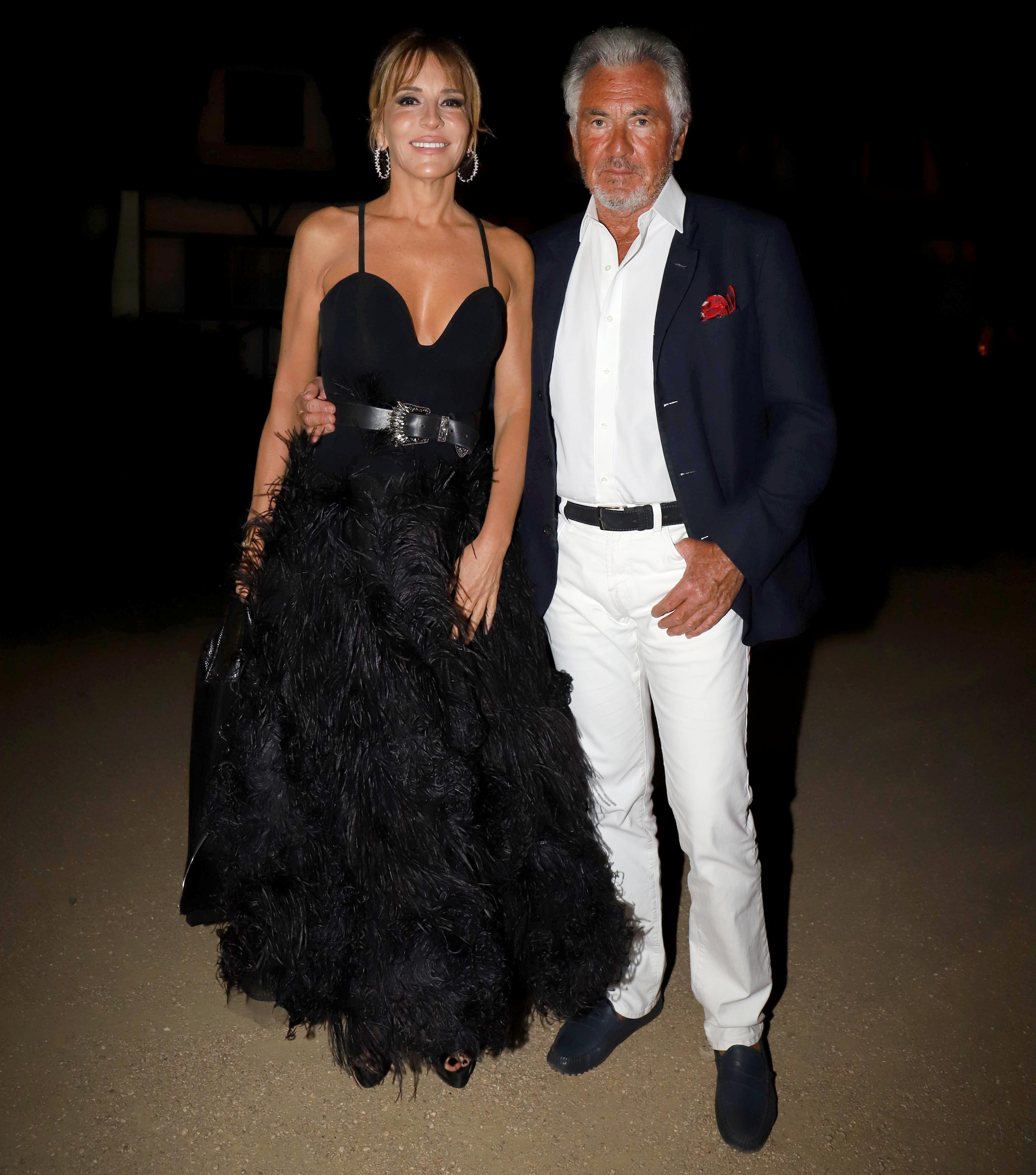 Patricia Della Giovampaola y Jean-Paul Enthoven en la fabulosa fiesta de Giuseppe Cipriani. Una vez más, Patricia se coronó como la mujer más elegante del verano de Punta del Este