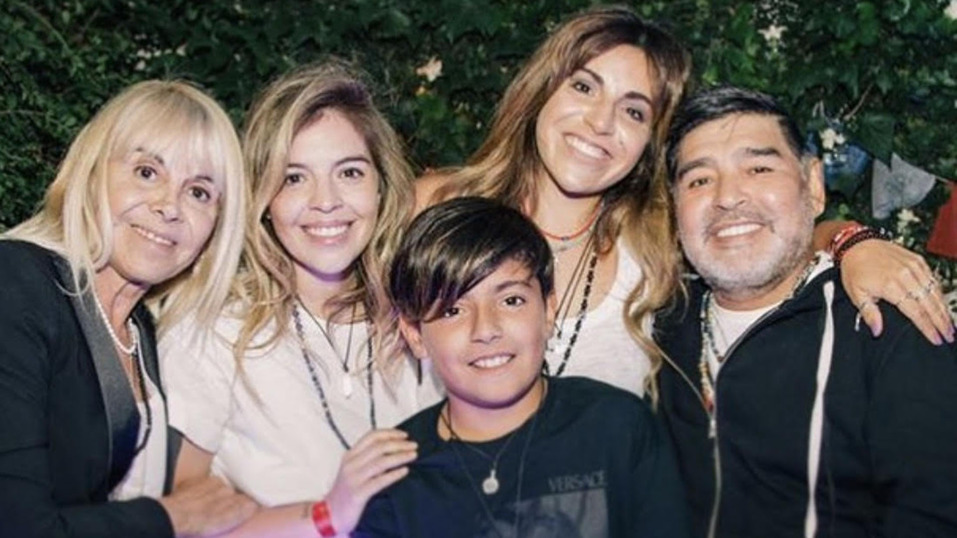 Diego Maradona Y Claudia Villafane Se Reencontraron Luego De Anos De Distanciamiento Infobae
