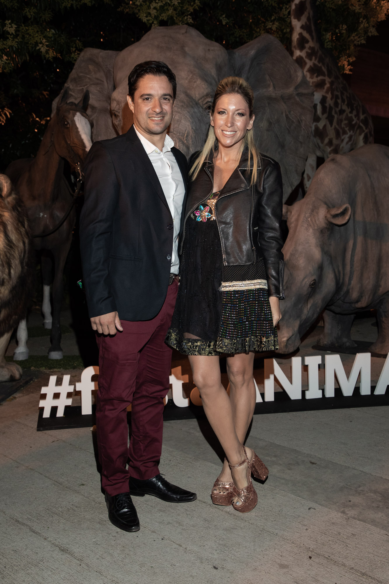 Lucas Adur, CEO de la Asociación Argentina de Polo, y su mujer