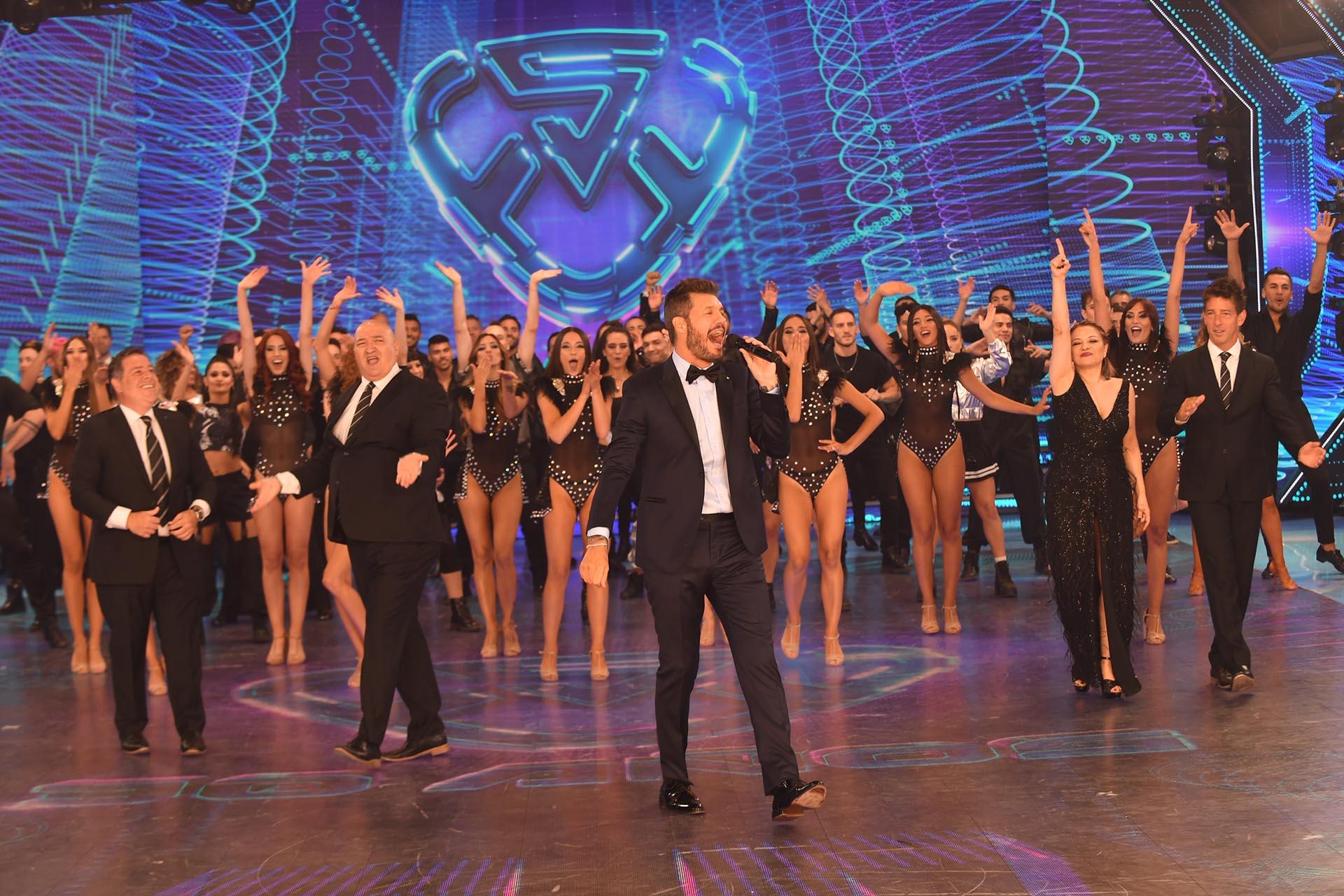 Marcelo Tinelli le da inicio al último programa de ShowMatch, en su temporada 30 (Foto: Negro Luengo / LaFlia)