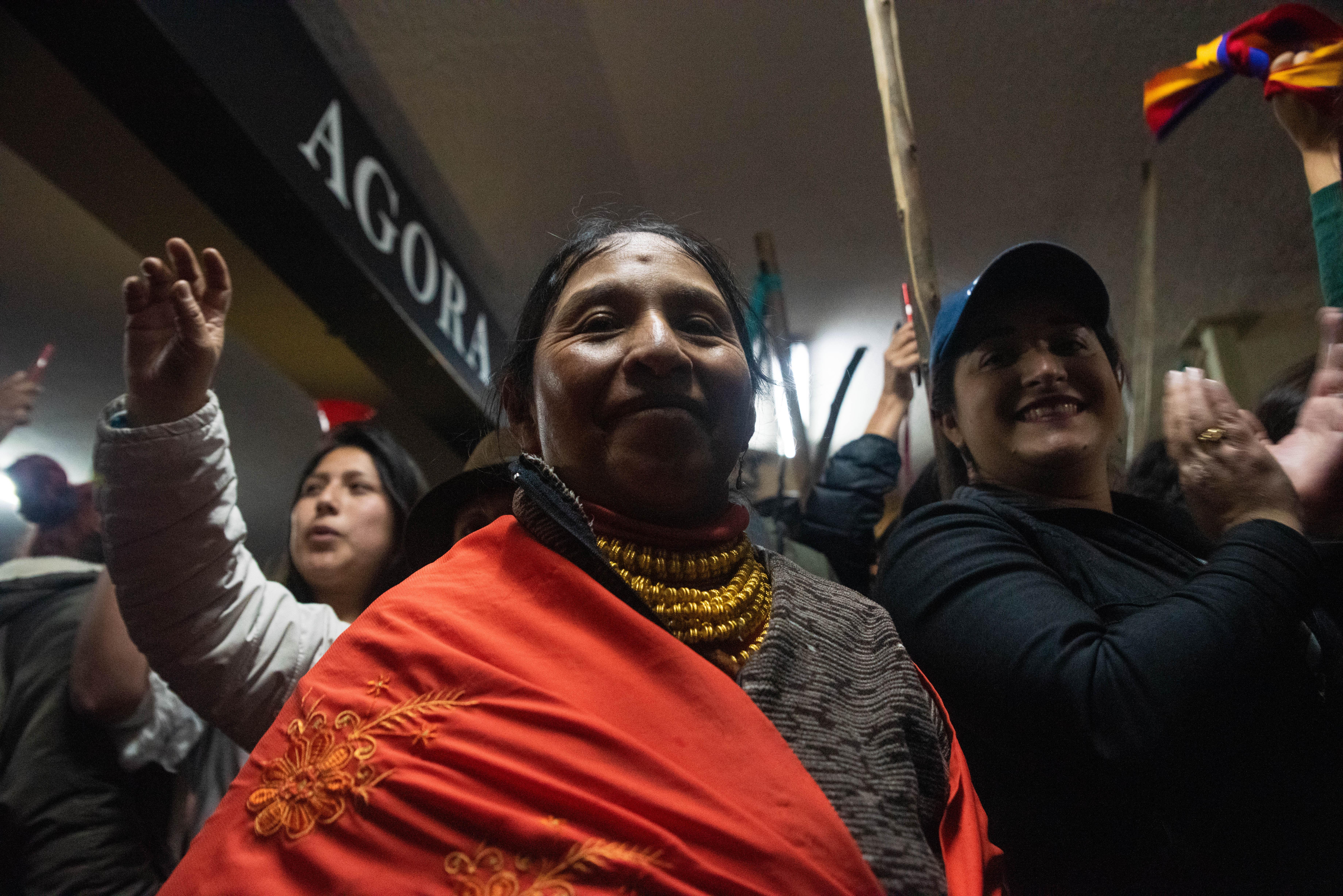 """Mientras que miles de manifestantes toman la ciudad para celebrar, el presidente Lenín Moreno afirmó que no existe """"otro principio más maravilloso que la paz""""."""