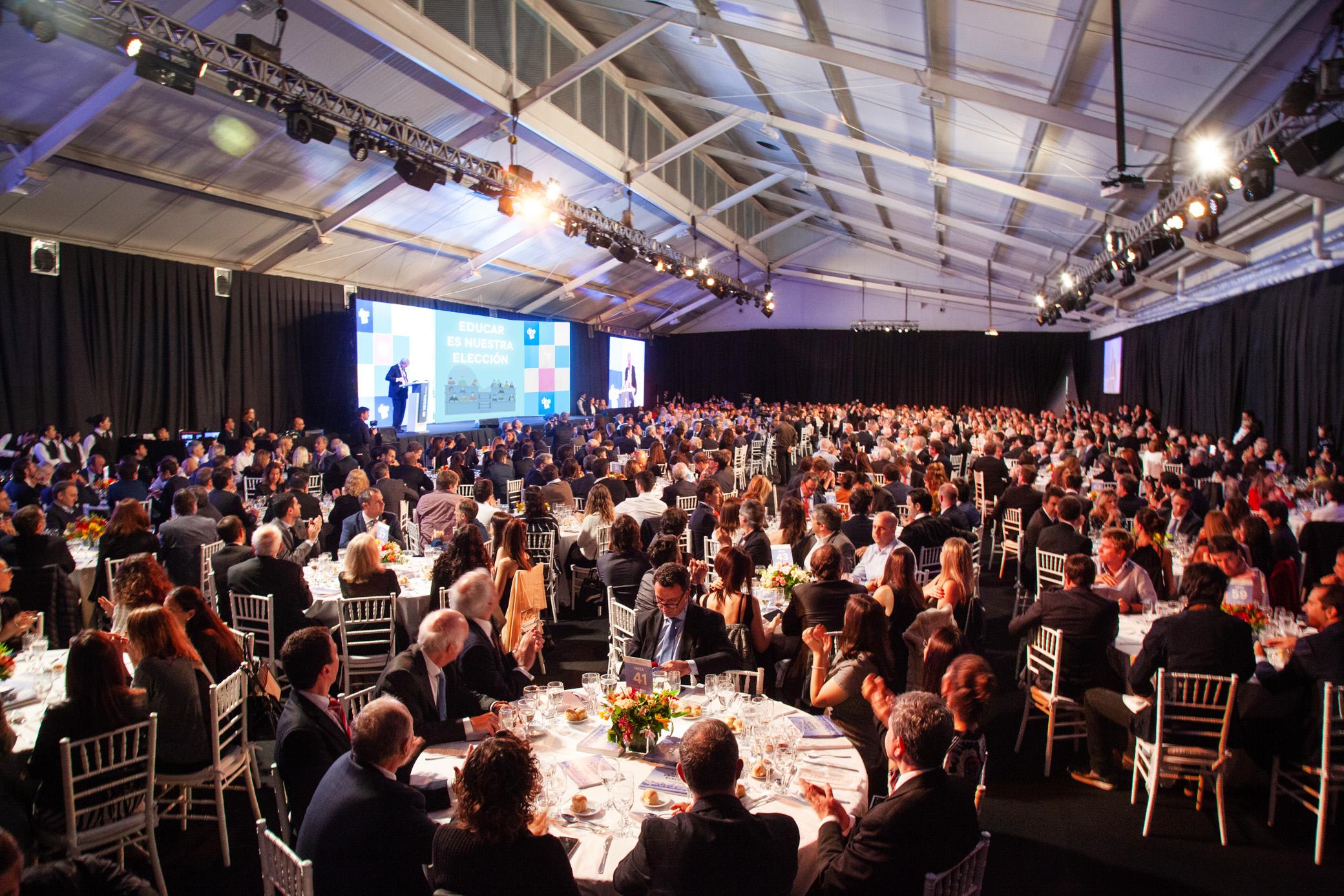 La vista general del salón de la novena cena anual de recaudación de la Universidad Torcuato Di Tella /// Fotos: Gentileza Universidad Di Tella