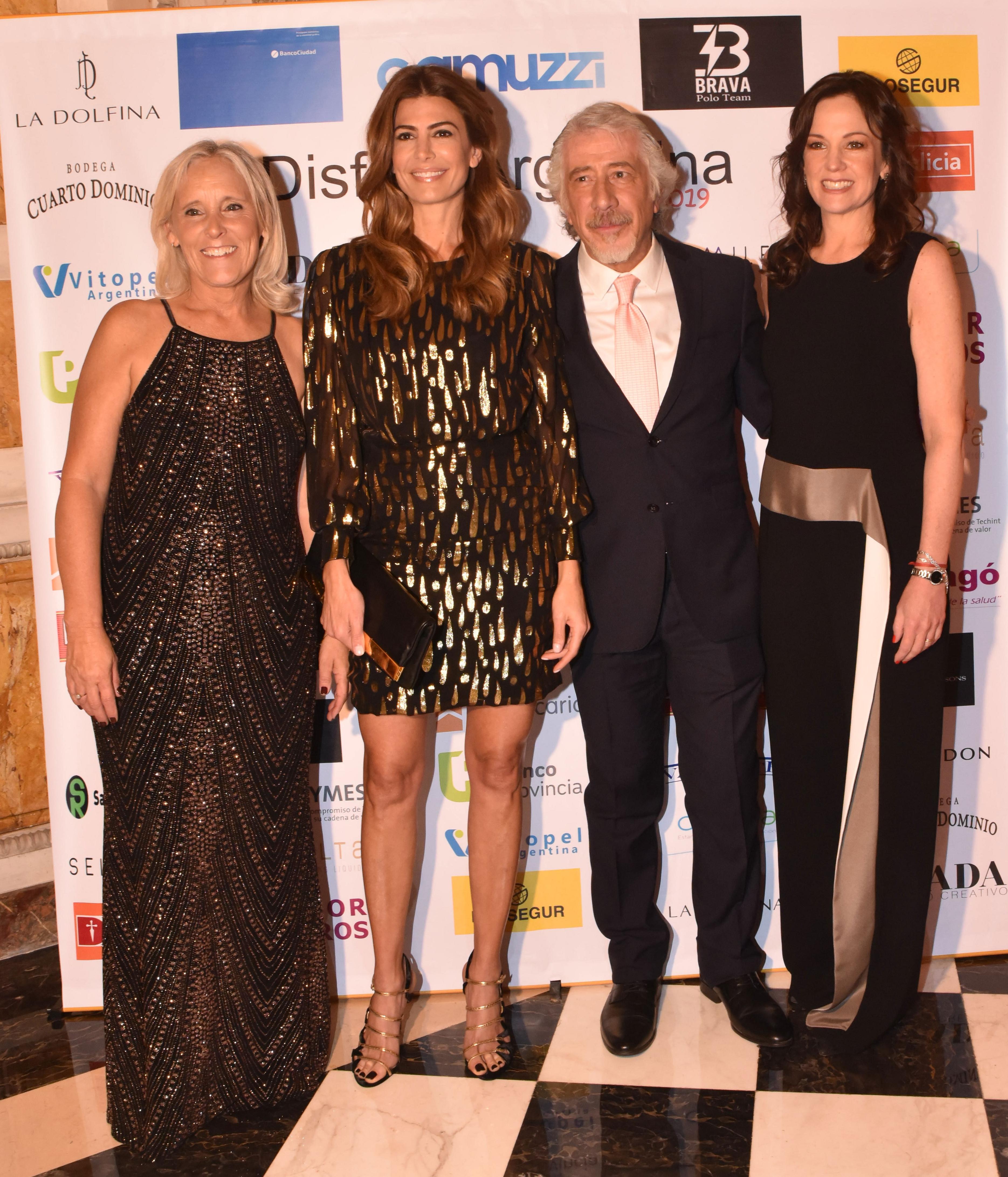 María Arabetti, Juliana Awada, Gustavo Abichacra y Carolina Stanley