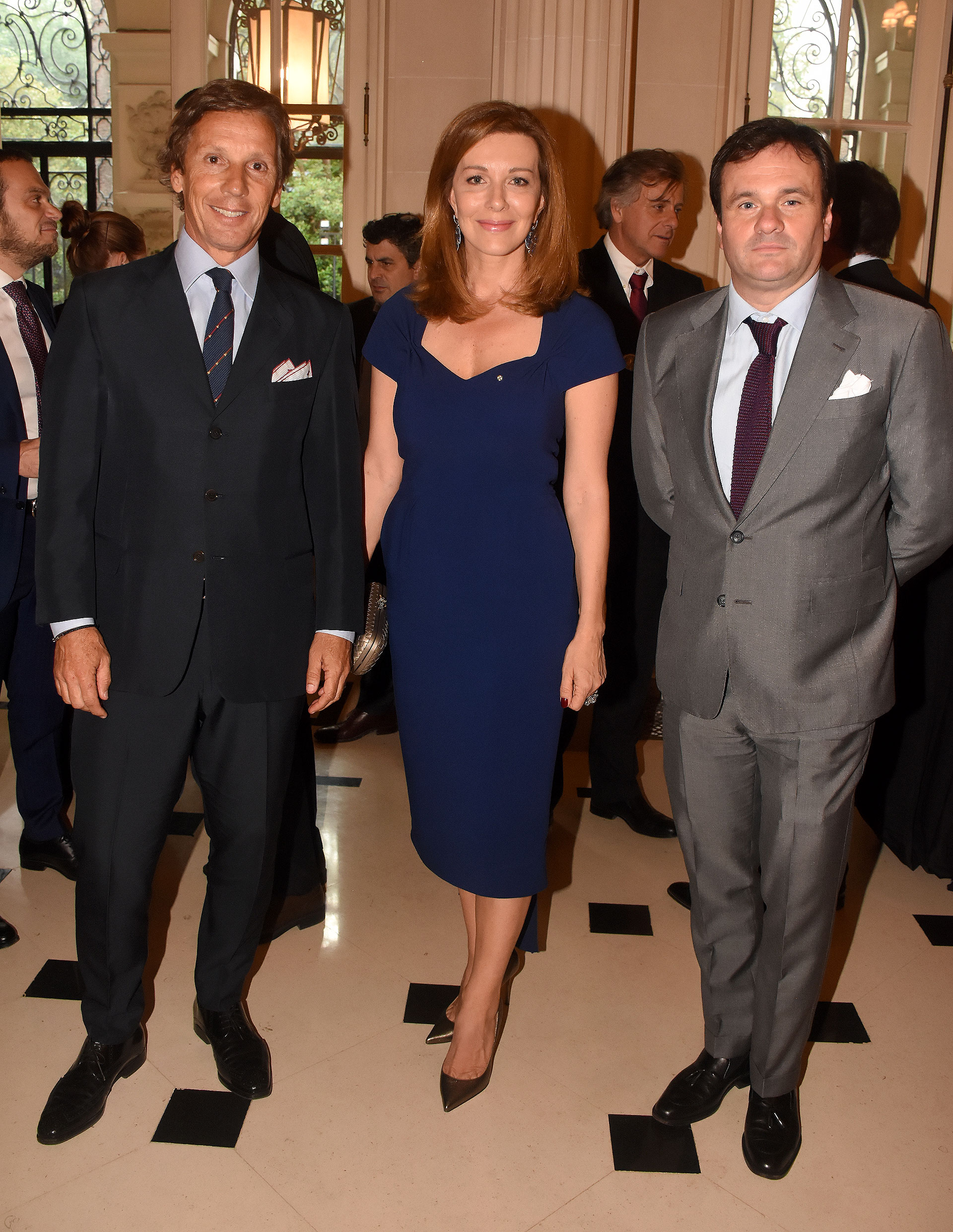 Alejandro Gravier junto a la periodista italiana Nunzia Locatelli, quien la semana pasada también recibió la condecoración