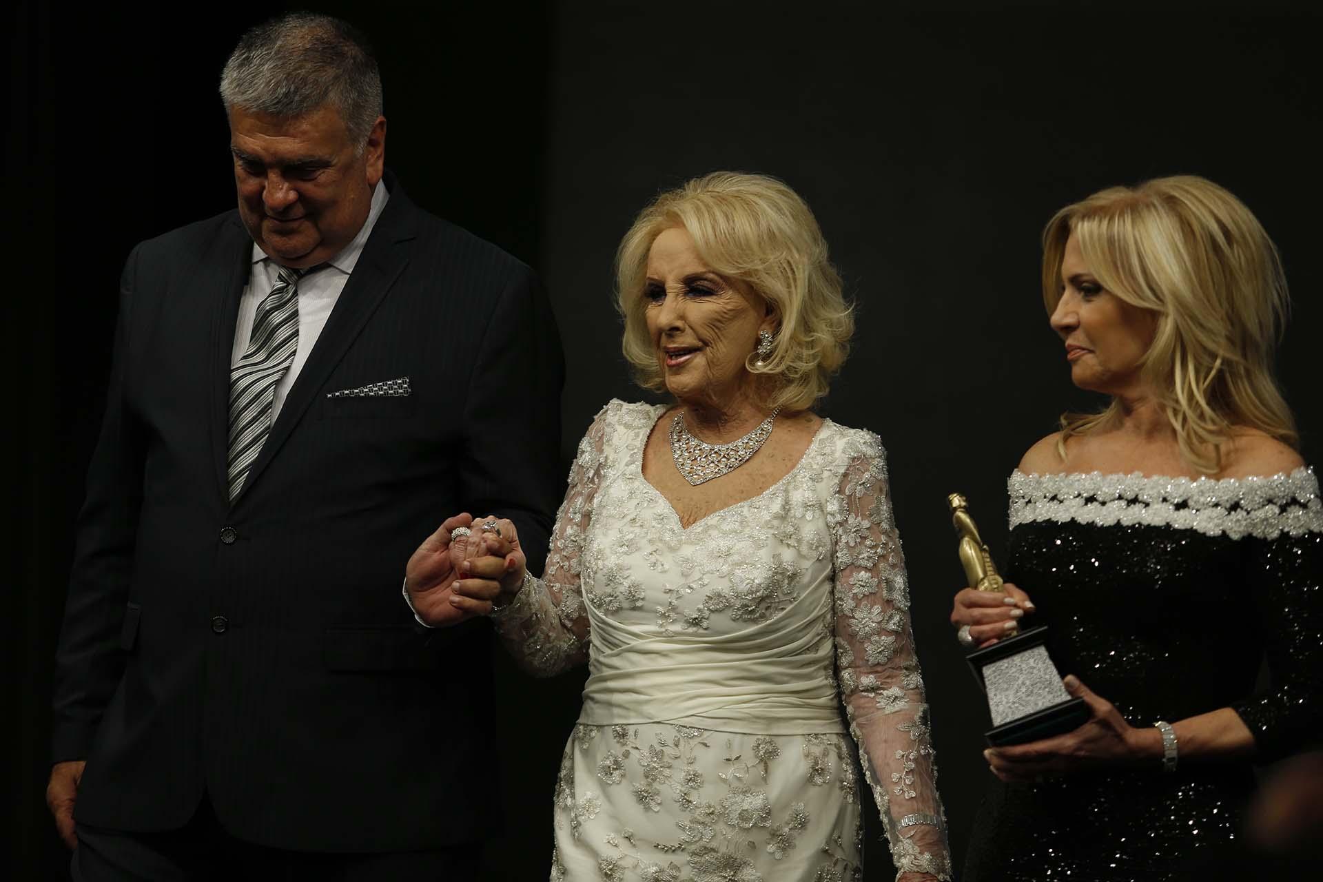 Luis Ventura, Mirtha y Susana Roccasalvo: