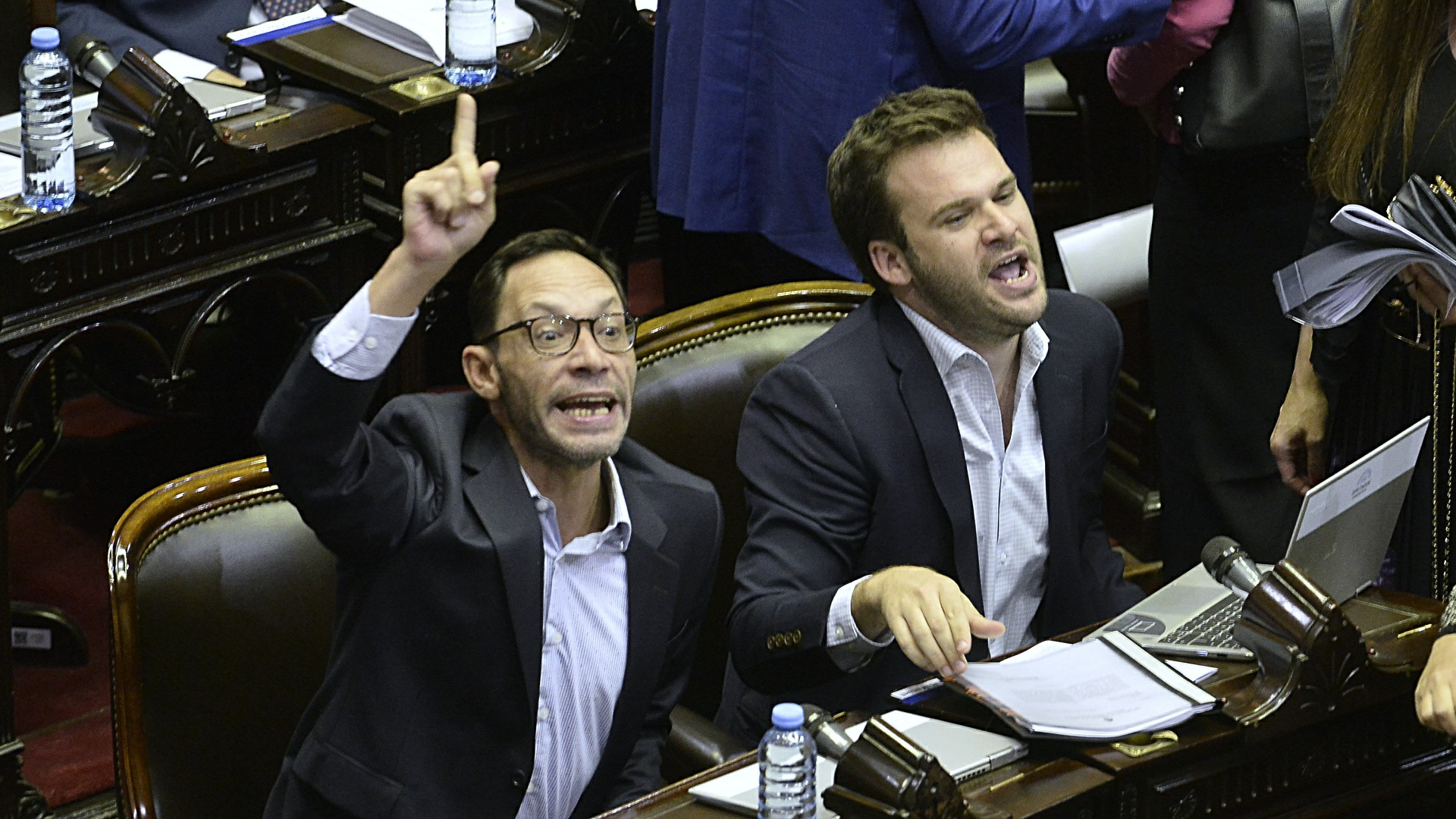 Los legisladores de la Coalición Cívica estallan ante la convalidación del quórum por parte de la presidencia de la cámara