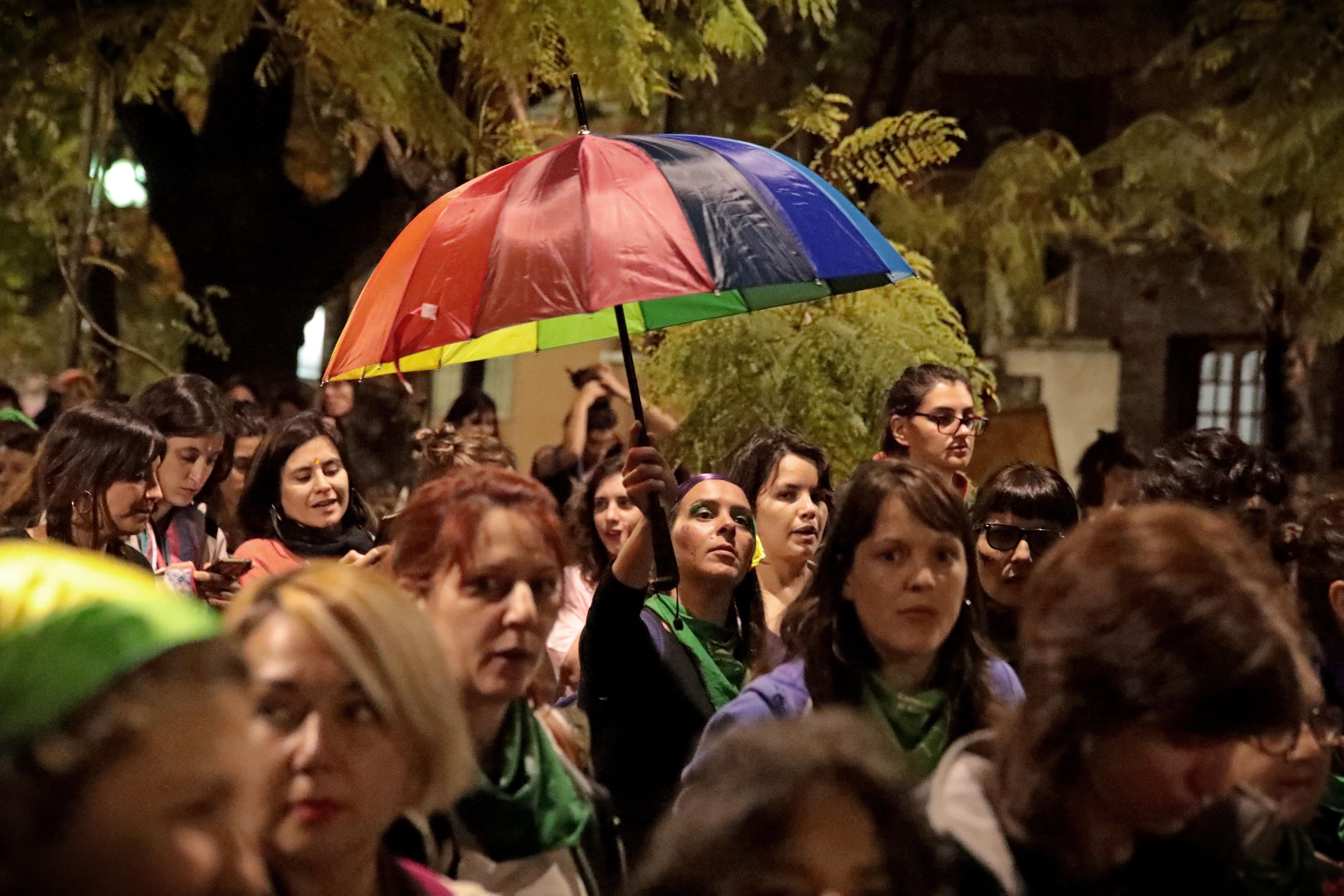 Los pañuelos verdes, símbolo del reclamo por el aborto legal, seguro y gratuito, y las mujeres