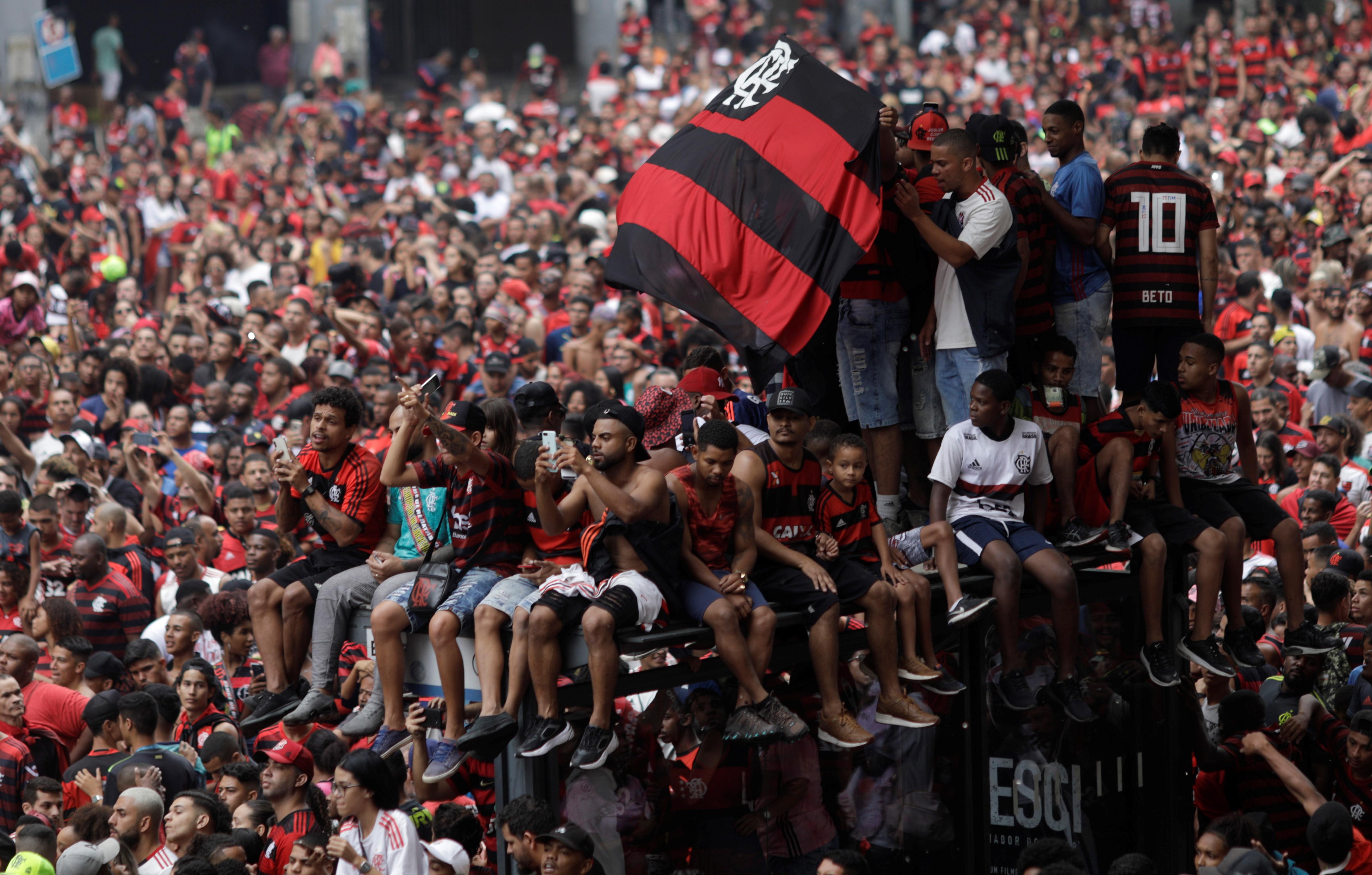Los fans que no habían podido viajar a Lima pudieron disfrutar del triunfo en el Maracaná
