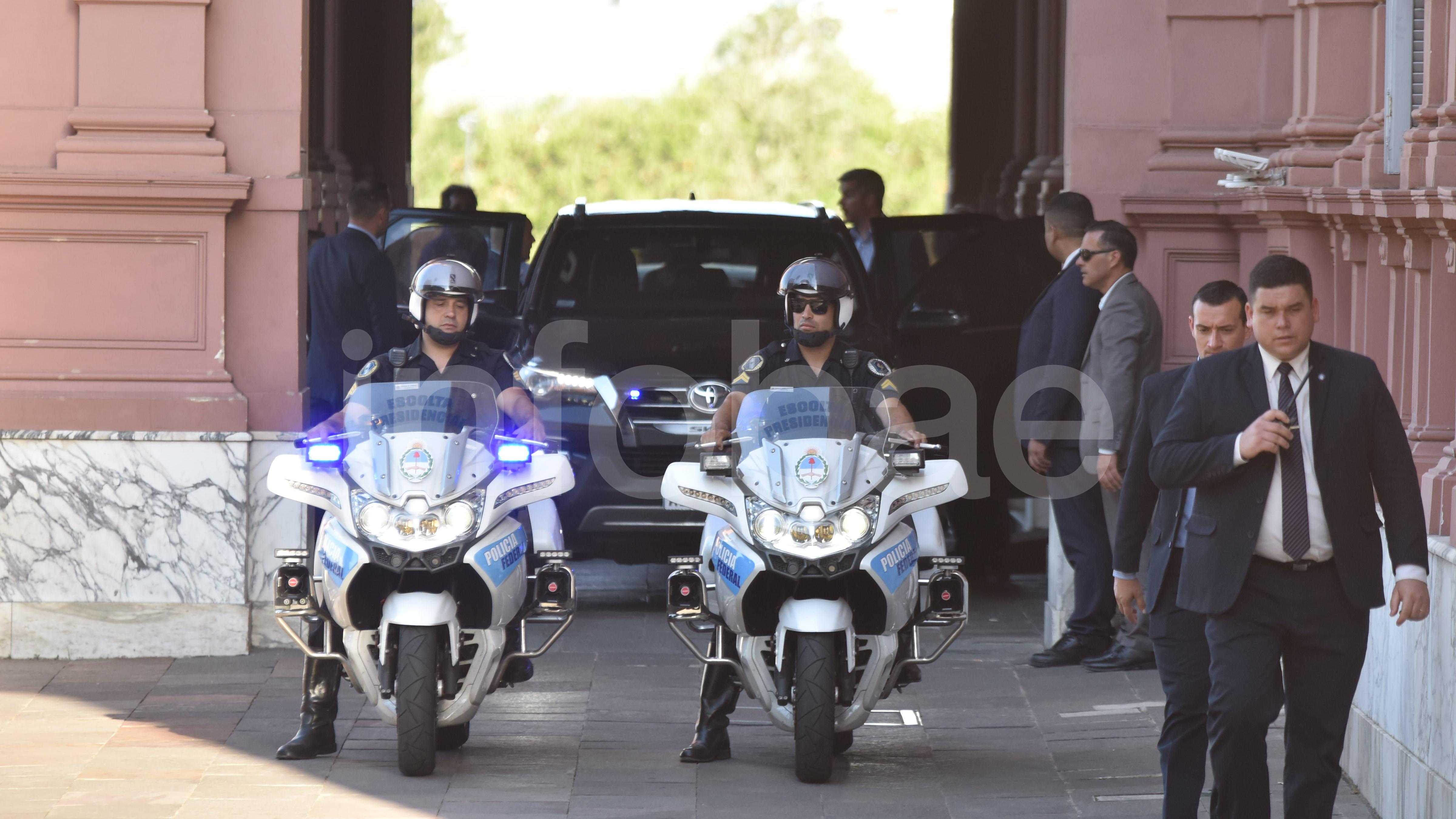 Antes del mediodía, los ministros de Mauricio Macri se retiraron tras la última reunión de gabinete antes de dejar el poder